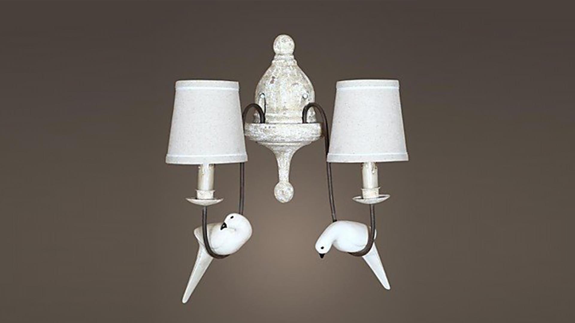 Traditional Bird Lamp - Big Brother 2017