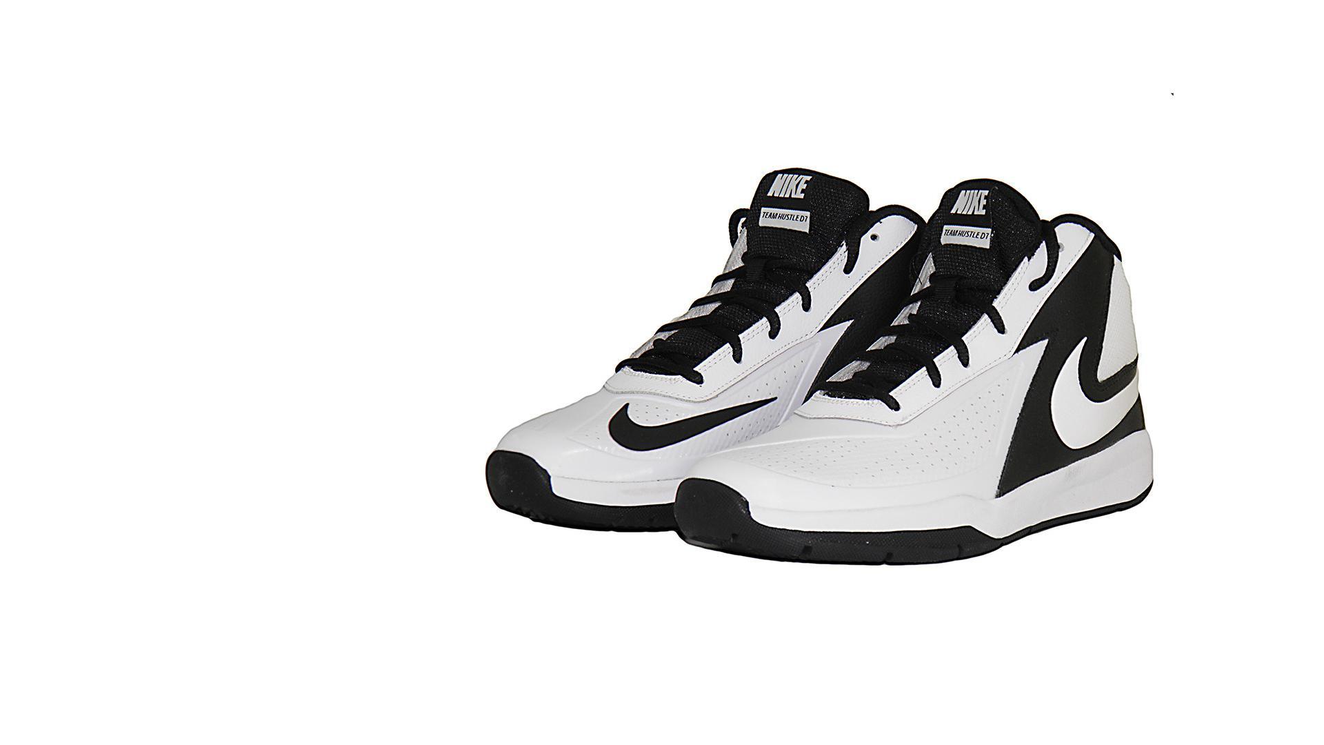 Basketball Shoes - Lady Leshurr