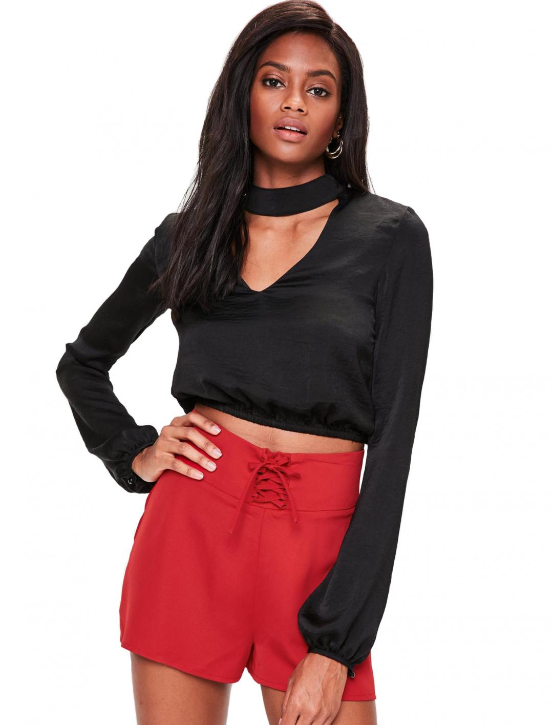 "High Waisted Shorts {""id"":5,""product_section_id"":1,""name"":""Clothing"",""order"":5} Missguided"