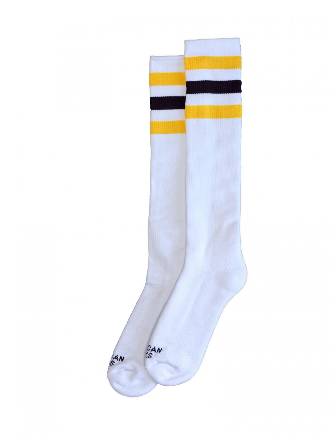 "California Socks {""id"":5,""product_section_id"":1,""name"":""Clothing"",""order"":5} American Socks"