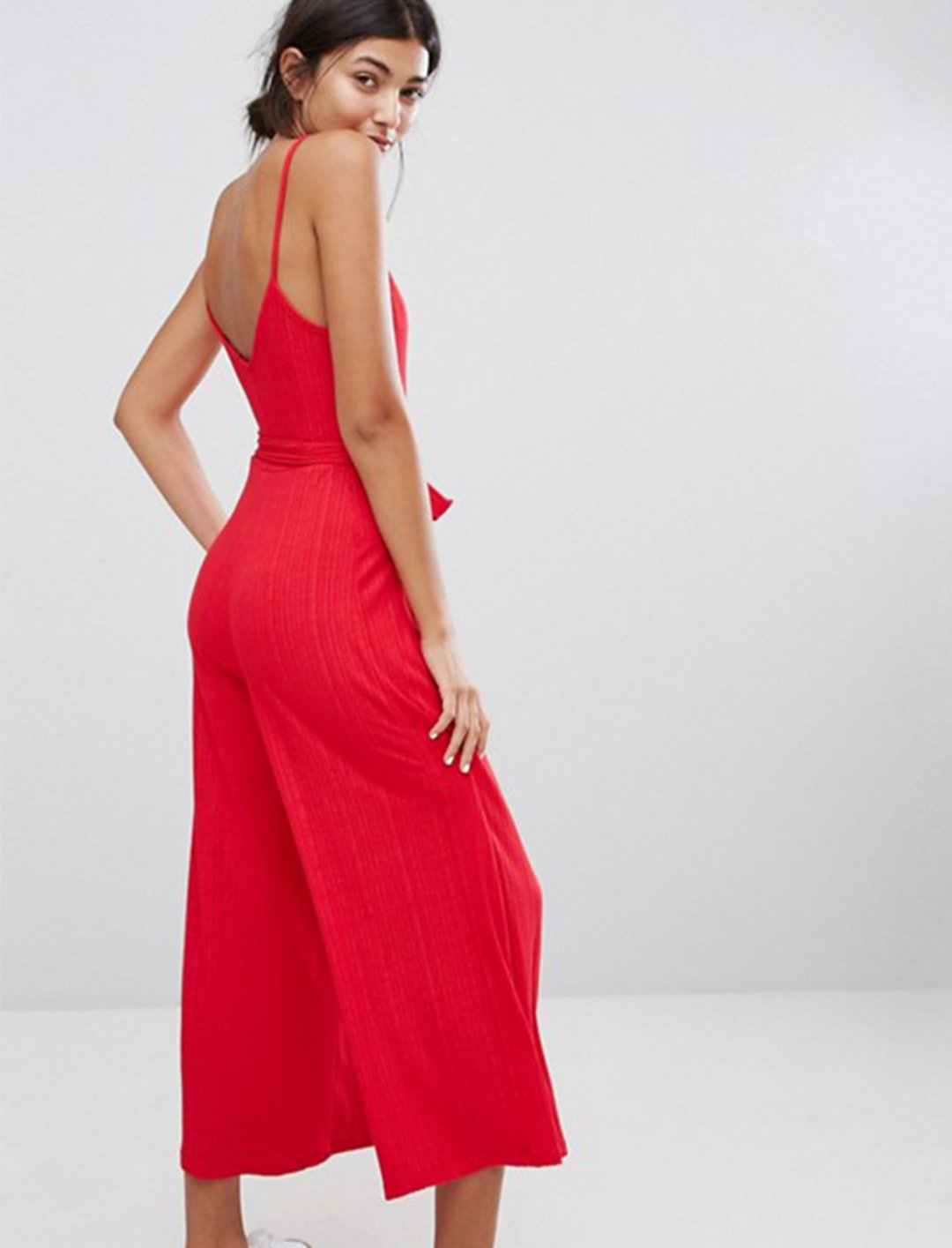 "Red Rib Jumpsuit {""id"":5,""product_section_id"":1,""name"":""Clothing"",""order"":5} Bershka"