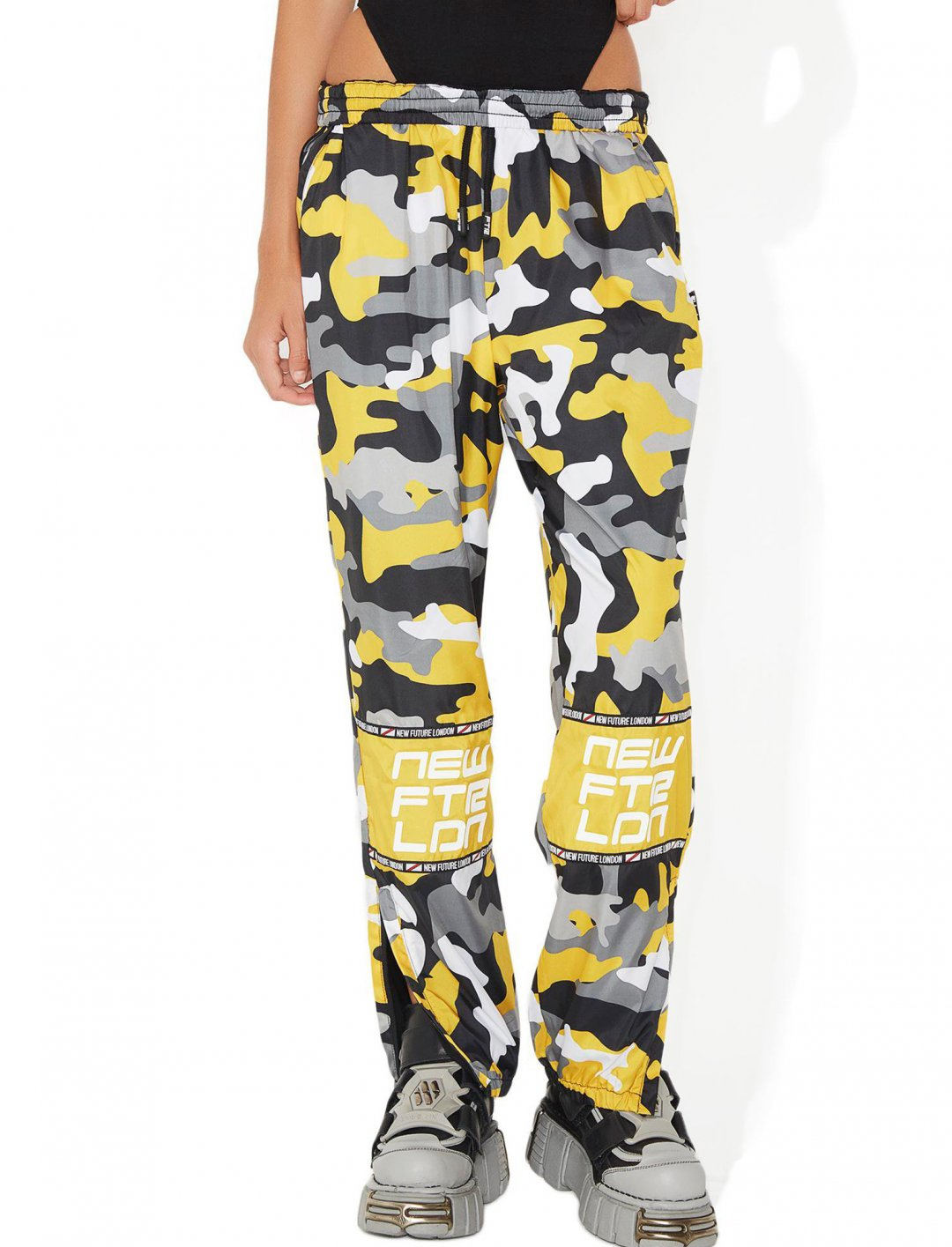 """Racer Logo Joggers {""""id"""":5,""""product_section_id"""":1,""""name"""":""""Clothing"""",""""order"""":5} NEW FTR LDN"""