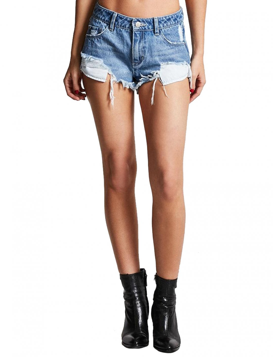 """Nadia Rose's Denim Shorts {""""id"""":5,""""product_section_id"""":1,""""name"""":""""Clothing"""",""""order"""":5} Forever21"""