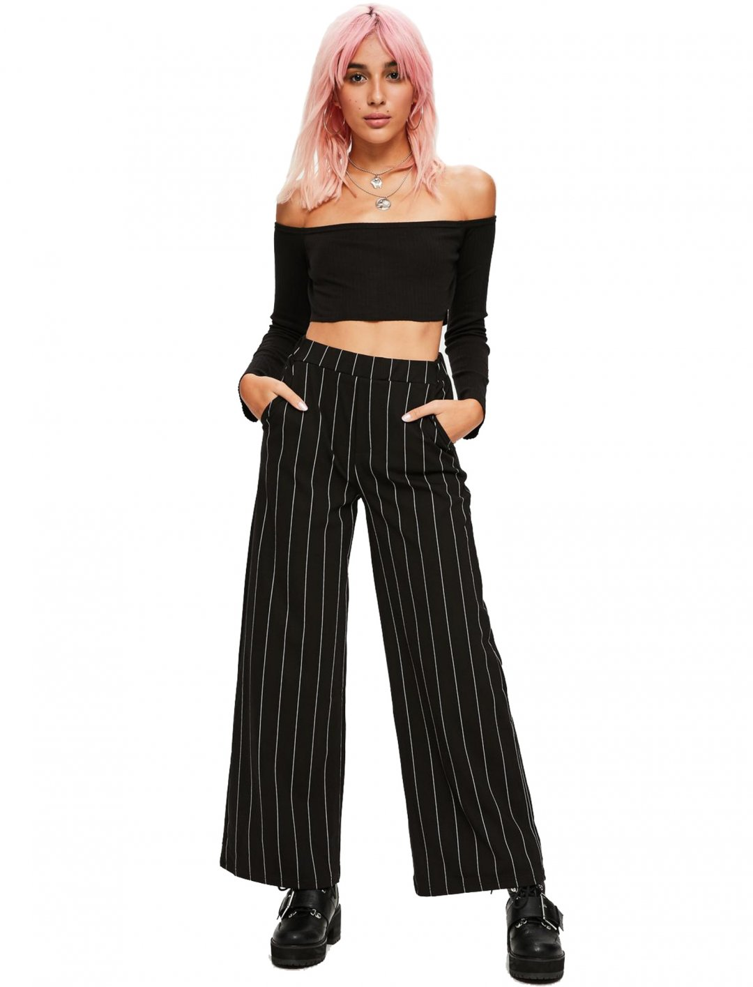 """Ribbed Crop Top {""""id"""":5,""""product_section_id"""":1,""""name"""":""""Clothing"""",""""order"""":5} Missguided"""