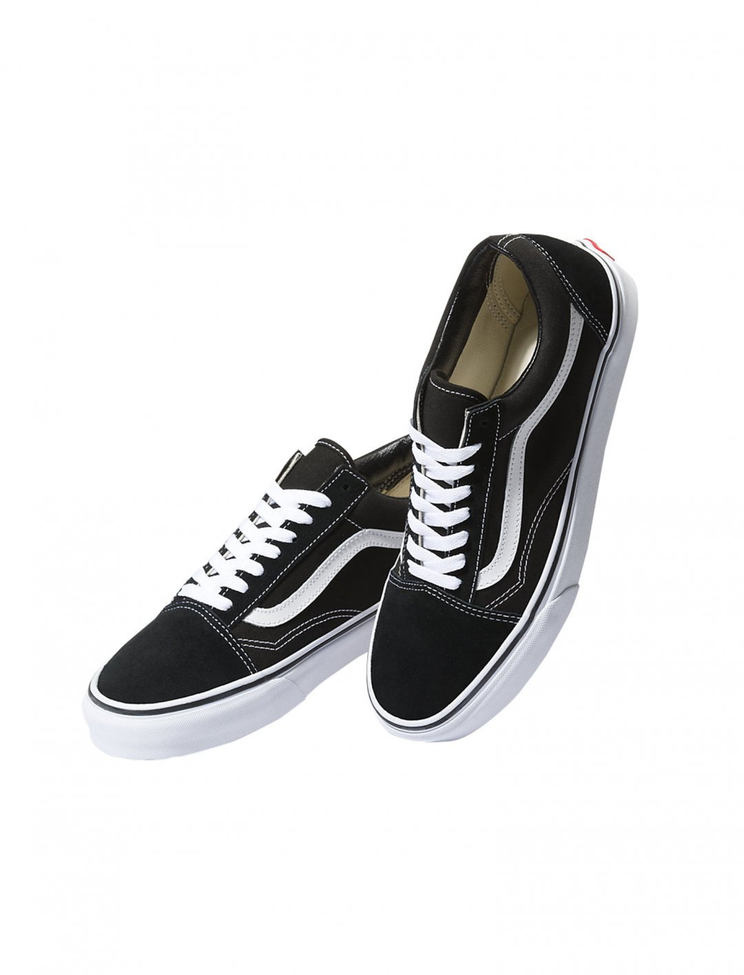 """Classic Skate Shoes {""""id"""":12,""""product_section_id"""":1,""""name"""":""""Shoes"""",""""order"""":12} Vans"""