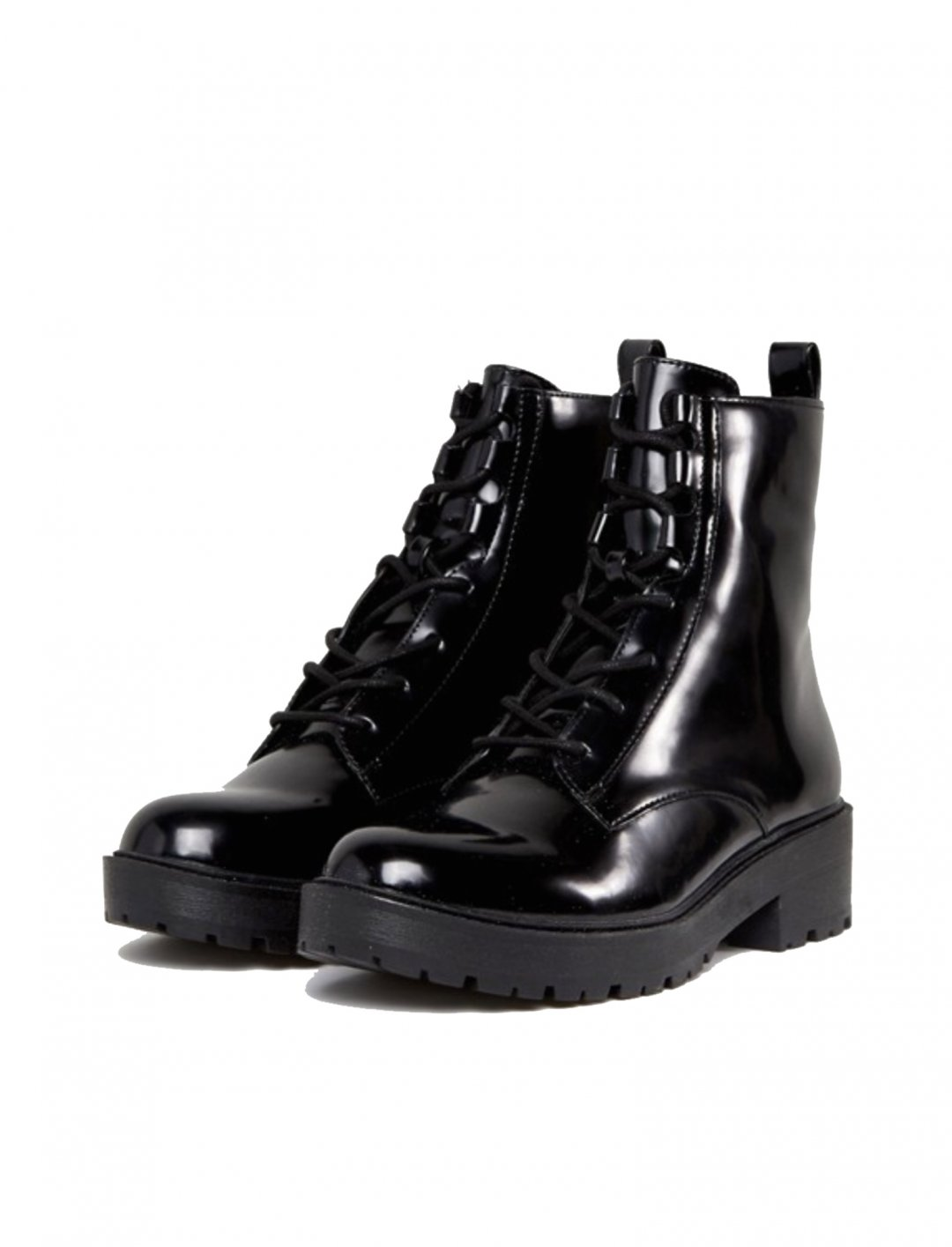 """Lace Up Boot {""""id"""":5,""""product_section_id"""":1,""""name"""":""""Clothing"""",""""order"""":5} Bershka"""