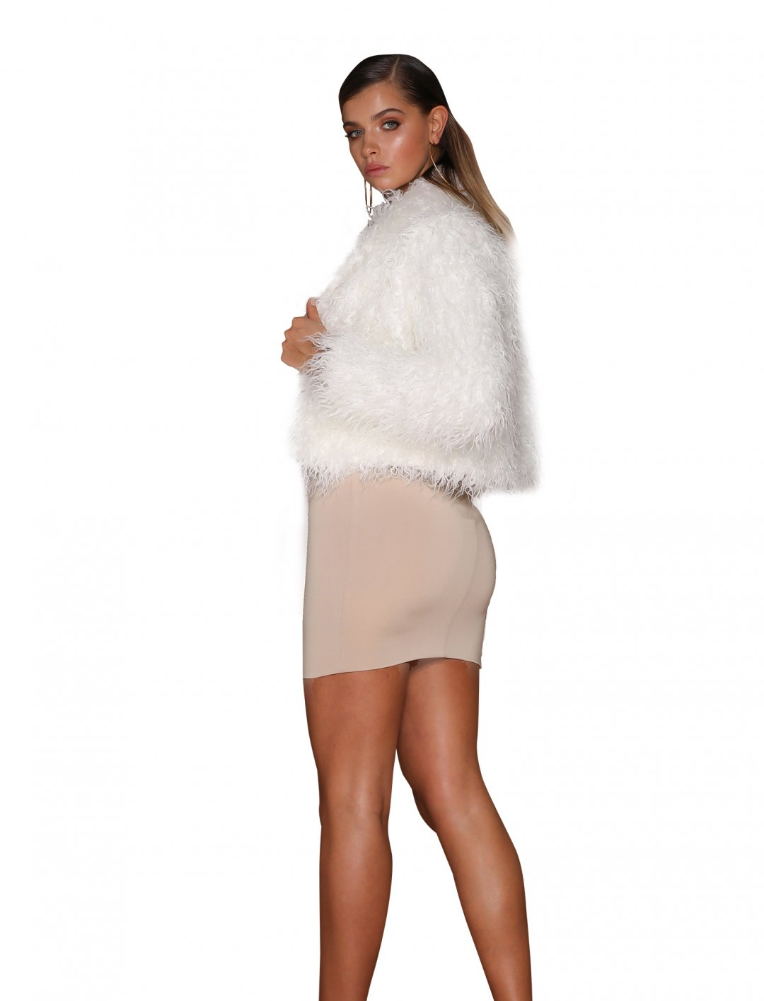 "Faux Fur Cropped Coat {""id"":5,""product_section_id"":1,""name"":""Clothing"",""order"":5} Meshki"