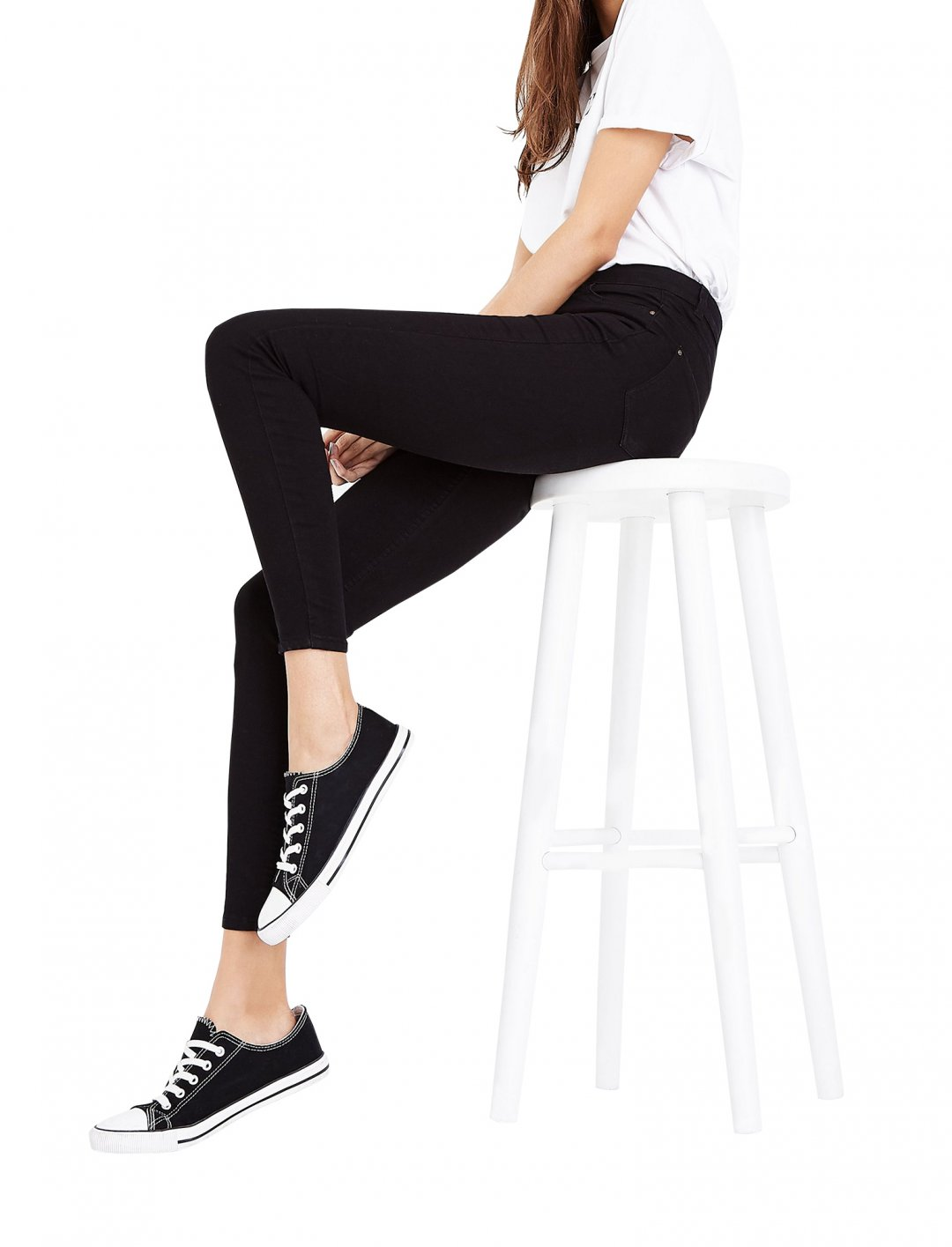 "Lady Leshurr's Skinny Jeans {""id"":5,""product_section_id"":1,""name"":""Clothing"",""order"":5} New Look"