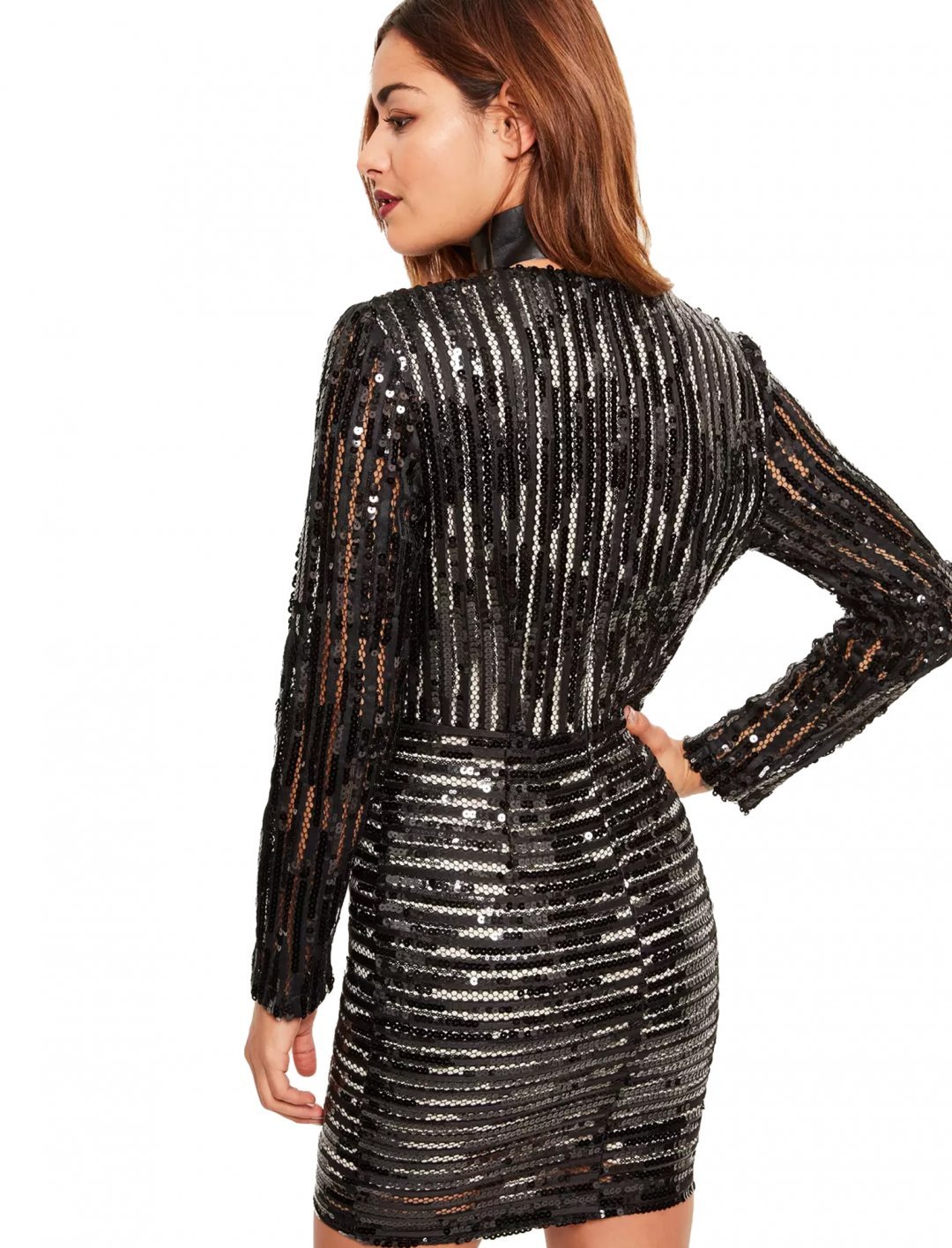 "Sequin Plunge Bodycon Dress {""id"":5,""product_section_id"":1,""name"":""Clothing"",""order"":5} Missguided"