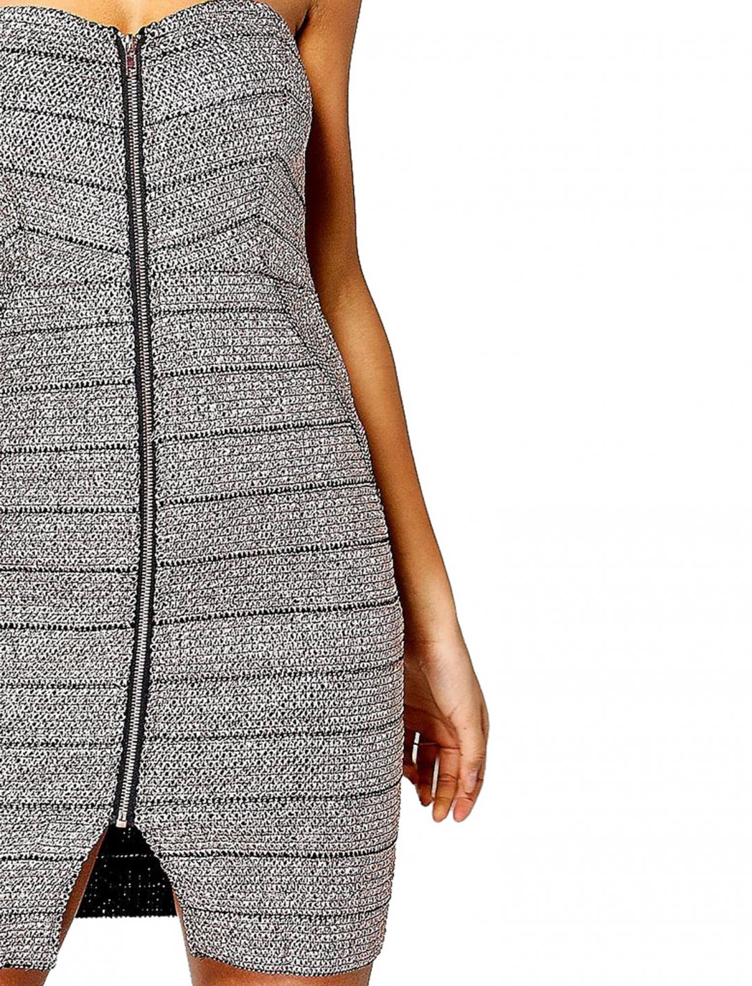 "Metallic Zip Bodycon Dress {""id"":5,""product_section_id"":1,""name"":""Clothing"",""order"":5} Boohoo"