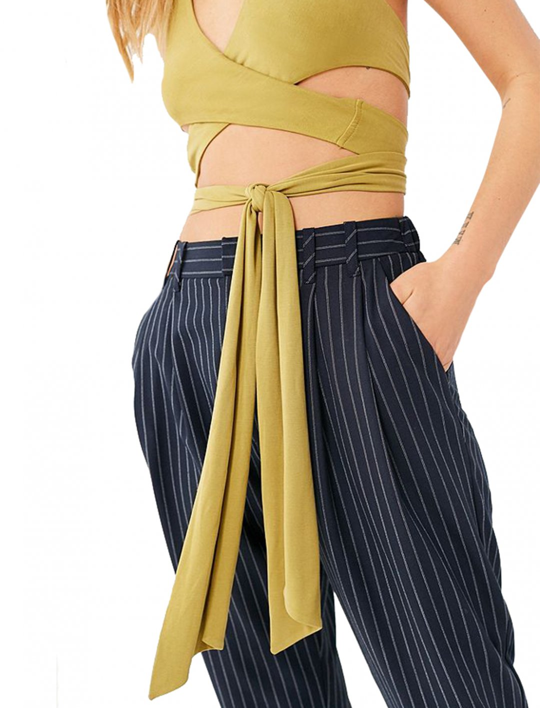 """Wrap Halter Top {""""id"""":5,""""product_section_id"""":1,""""name"""":""""Clothing"""",""""order"""":5} Urban Outfitters"""