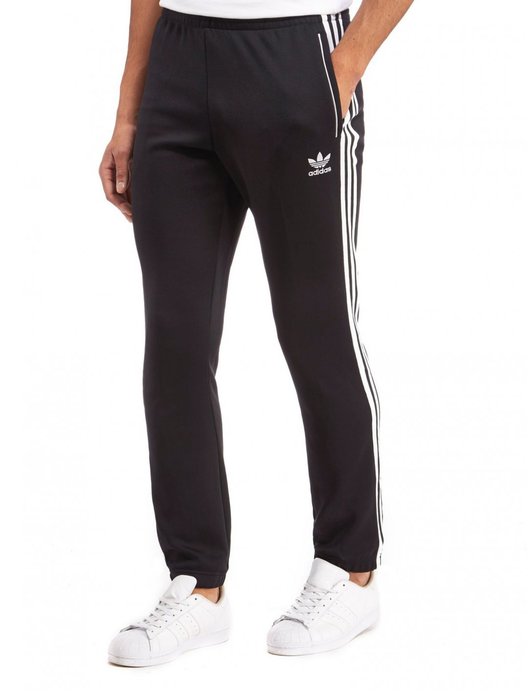 "Adidas Superstar Joggers {""id"":5,""product_section_id"":1,""name"":""Clothing"",""order"":5} Adidas"