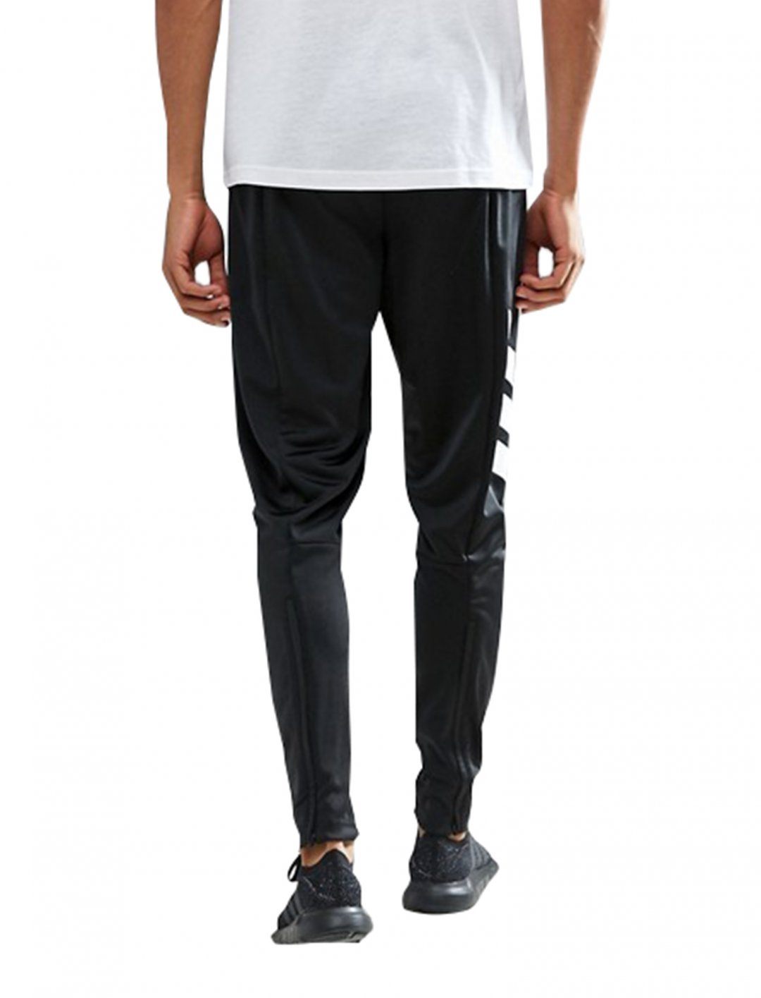 "Adidas Skinny Joggers {""id"":5,""product_section_id"":1,""name"":""Clothing"",""order"":5} Adidas"