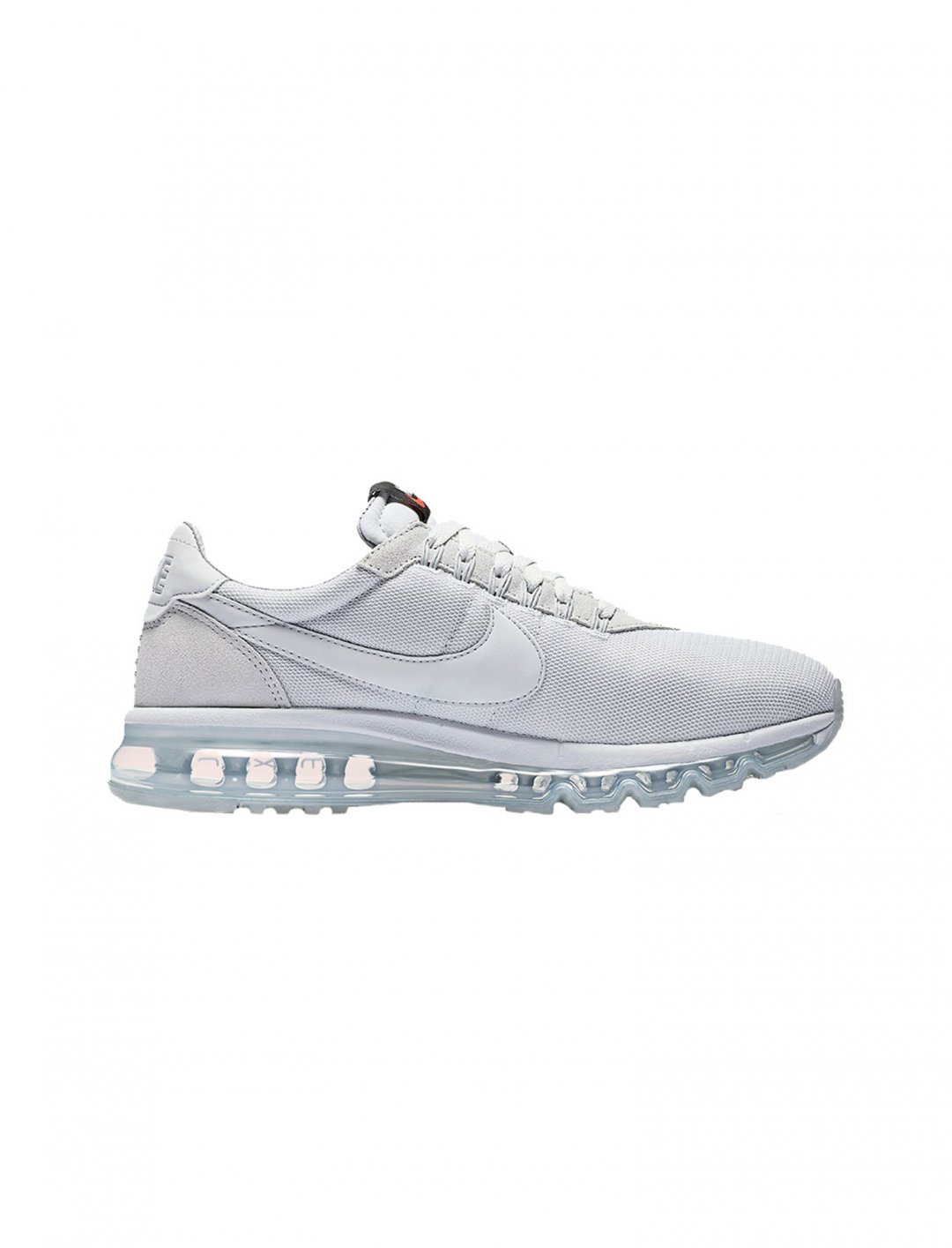 "Nike Air Max Trainers {""id"":12,""product_section_id"":1,""name"":""Shoes"",""order"":12} Nike"