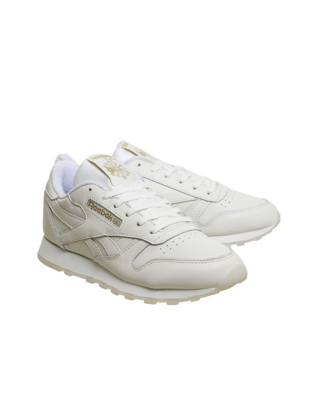 "Reebok CL Leather Trainers {""id"":5,""product_section_id"":1,""name"":""Clothing"",""order"":5} Reebok"