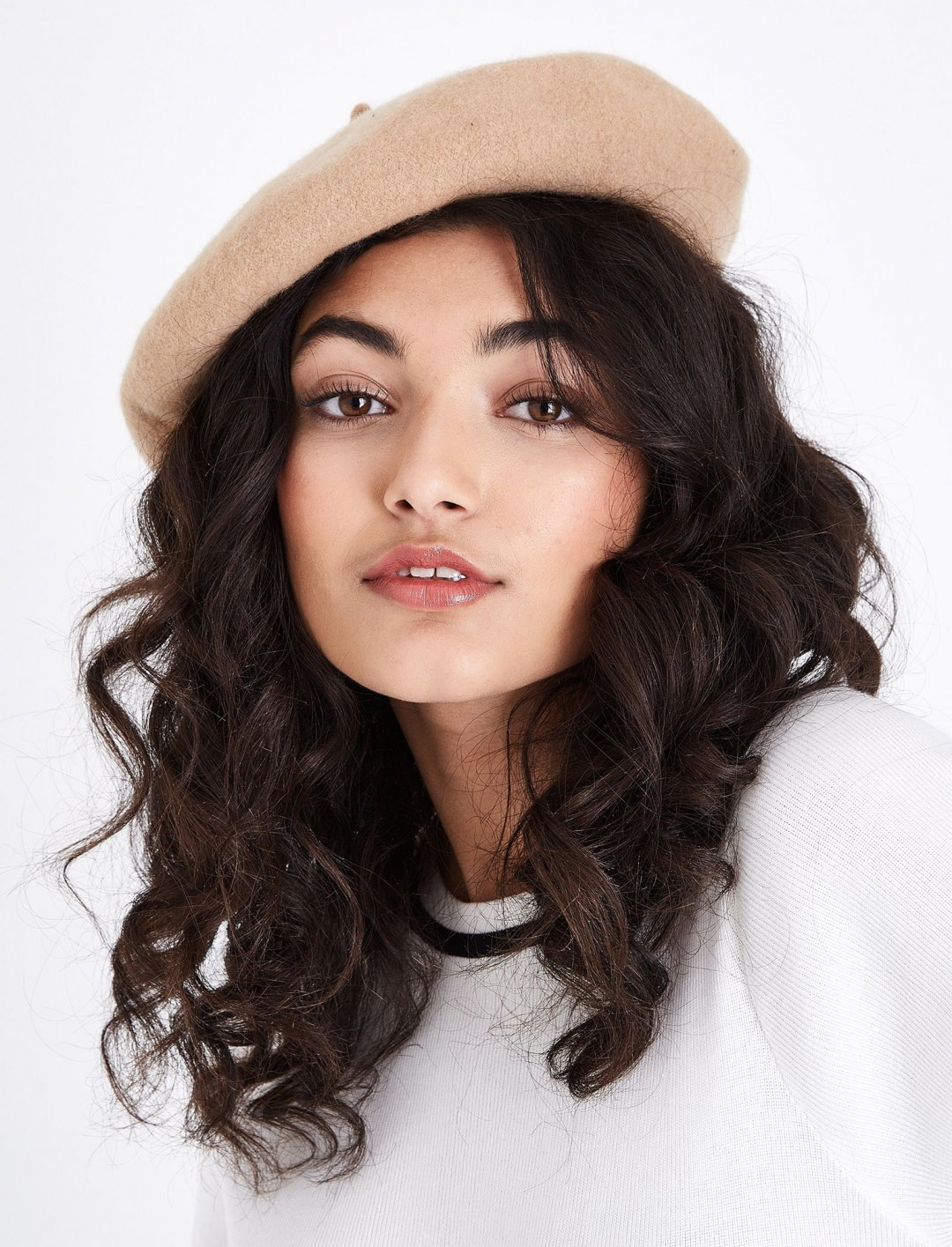 "Light Brown Beret {""id"":16,""product_section_id"":1,""name"":""Accessories"",""order"":15} New Look"