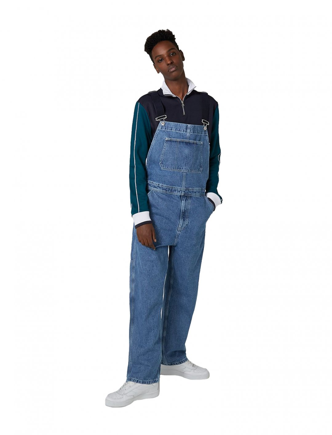 "Mid Wash Dungarees {""id"":5,""product_section_id"":1,""name"":""Clothing"",""order"":5} Topman"