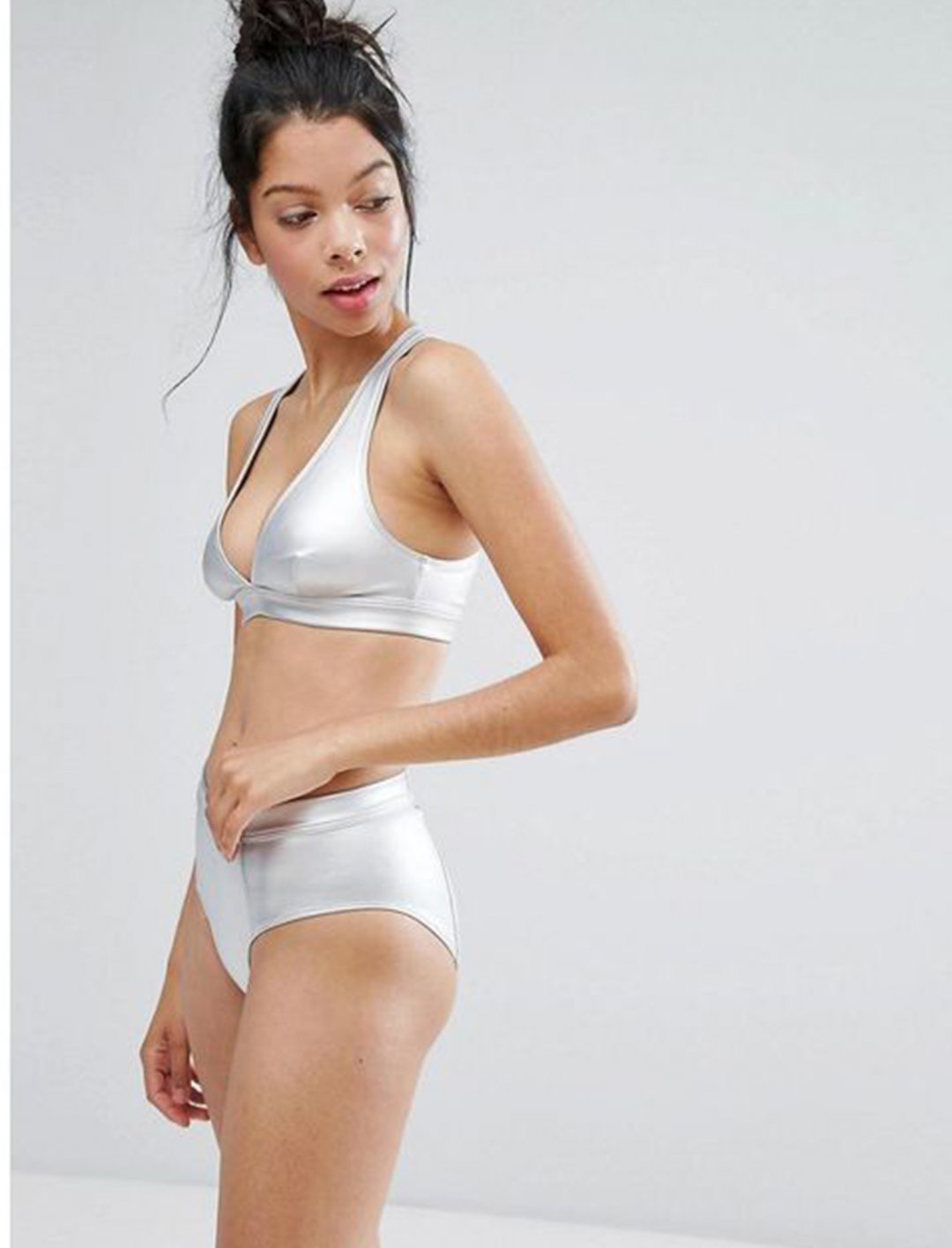 "Cross Back Bikini Top {""id"":5,""product_section_id"":1,""name"":""Clothing"",""order"":5} Monki"