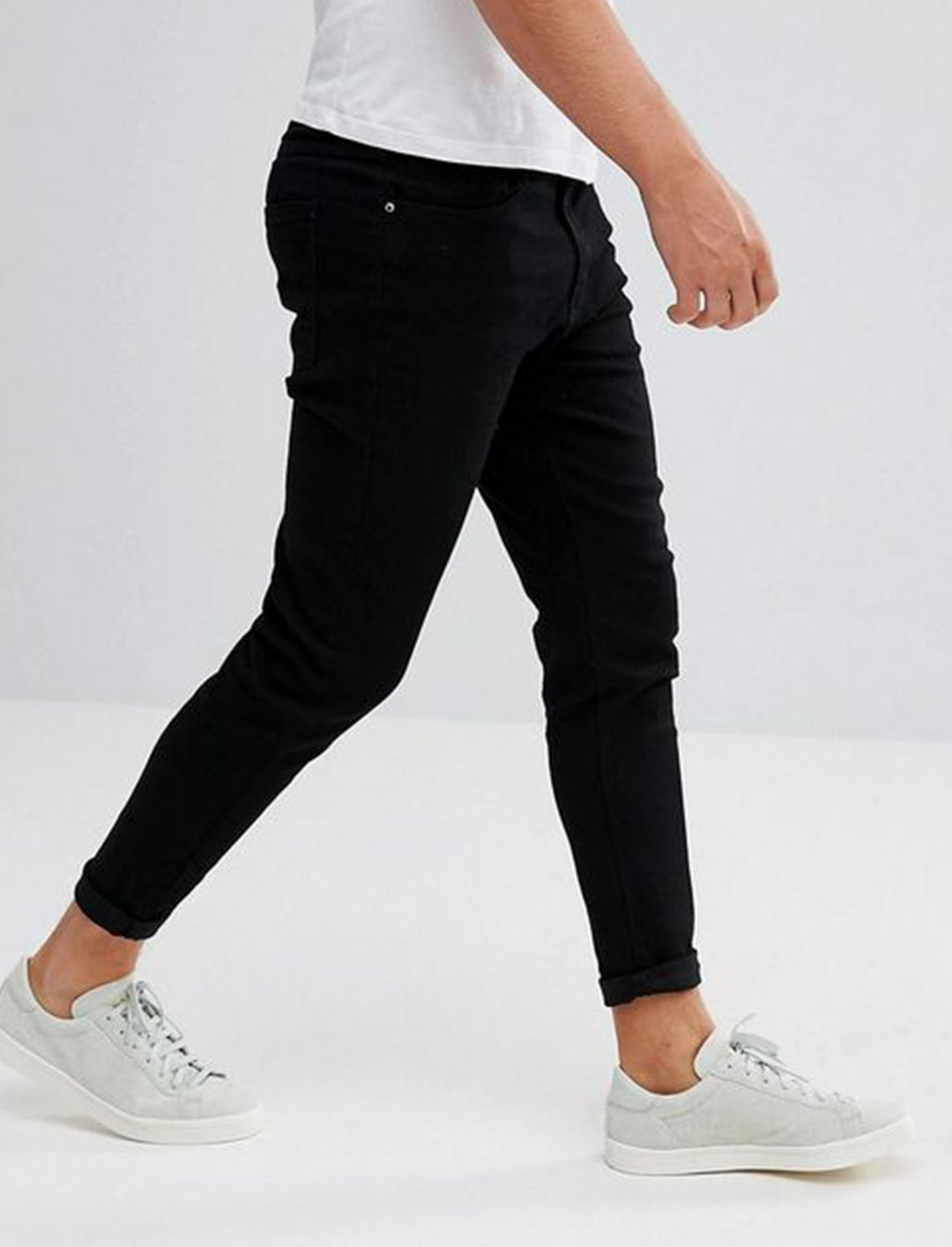 "Carrot Fit Jeans {""id"":5,""product_section_id"":1,""name"":""Clothing"",""order"":5} Pull&Bear"