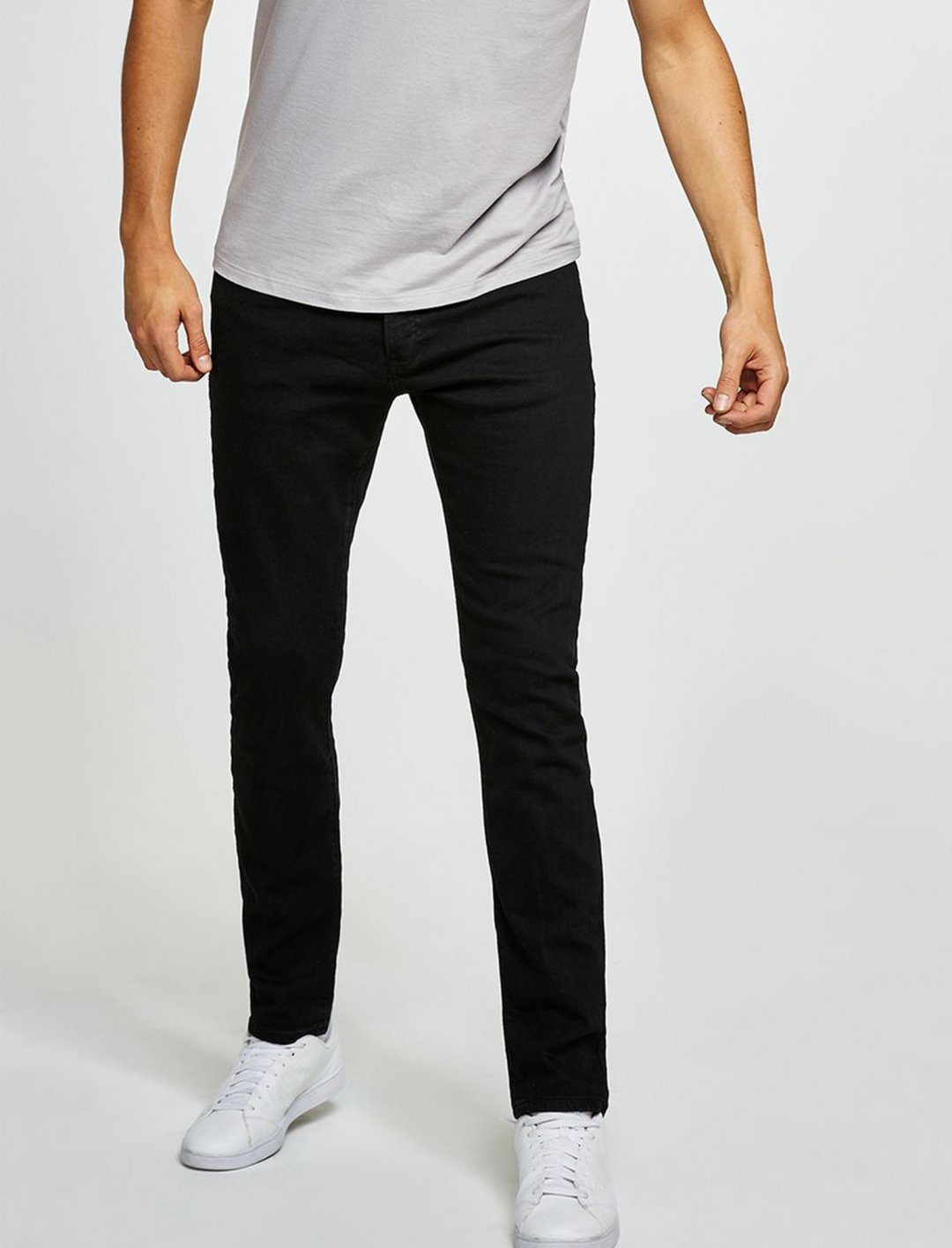 "Black Stretch Slim Jeans {""id"":5,""product_section_id"":1,""name"":""Clothing"",""order"":5} Topman"
