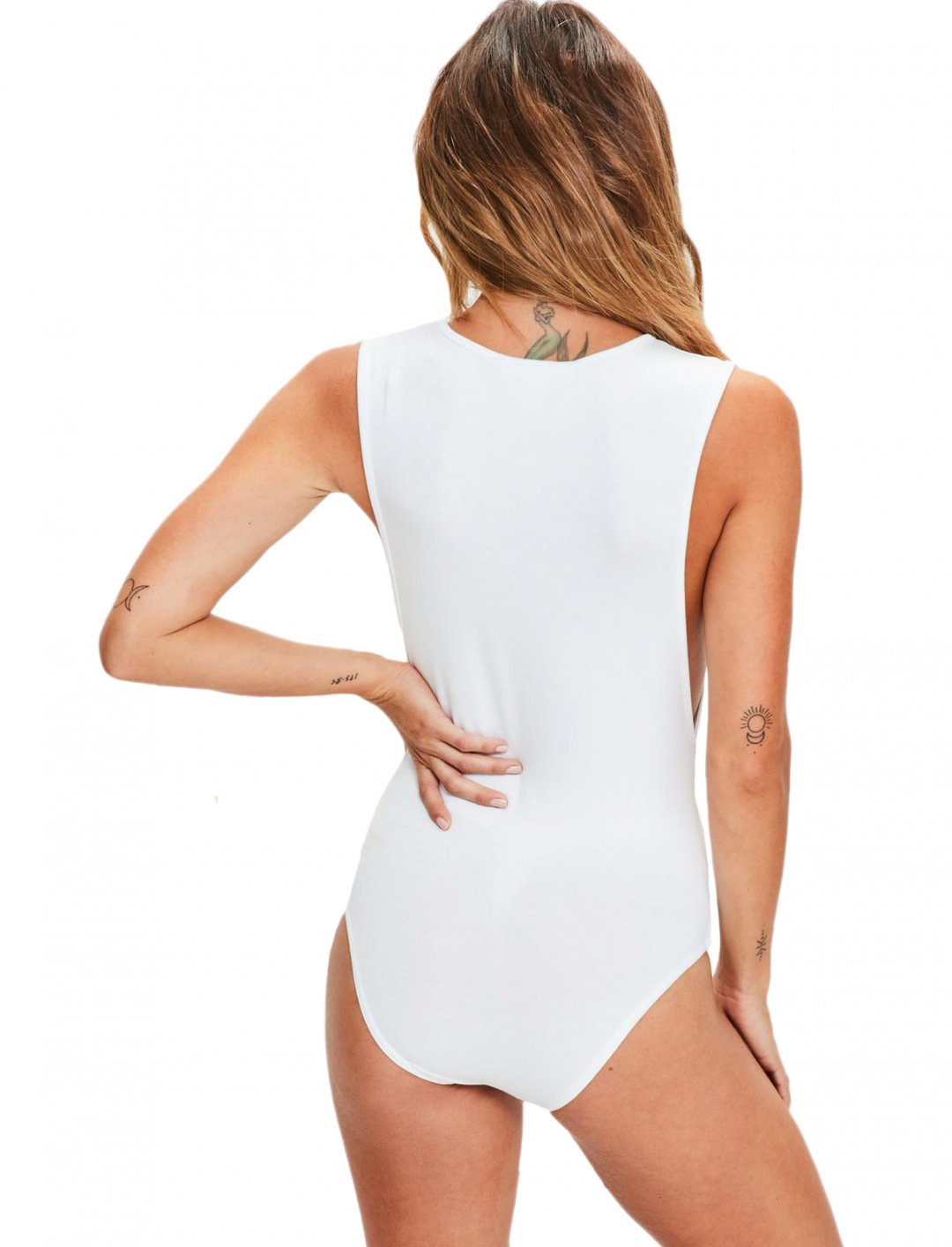 "White Bodysuit {""id"":5,""product_section_id"":1,""name"":""Clothing"",""order"":5} Missguided"