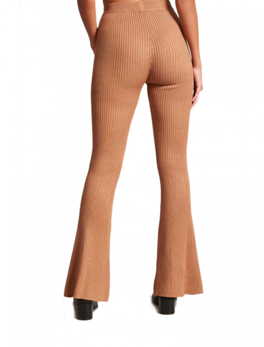 "Ribbed Knit Flare Trousers {""id"":5,""product_section_id"":1,""name"":""Clothing"",""order"":5} Forever21"