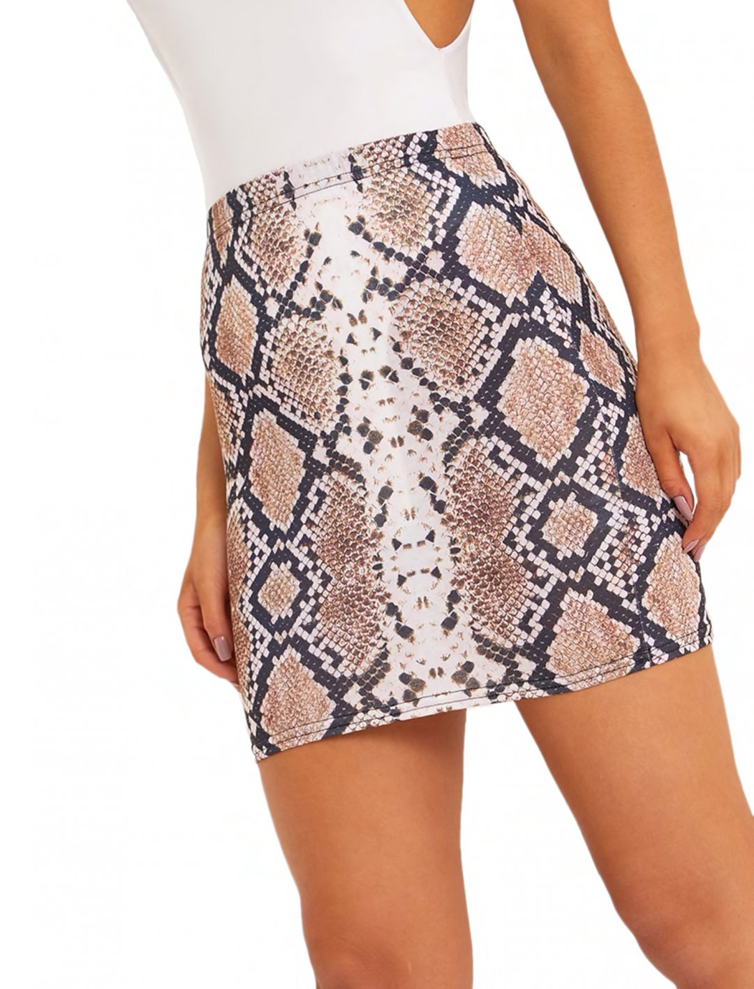 "Snake Print Skirt {""id"":5,""product_section_id"":1,""name"":""Clothing"",""order"":5} Pretty Little Thing"