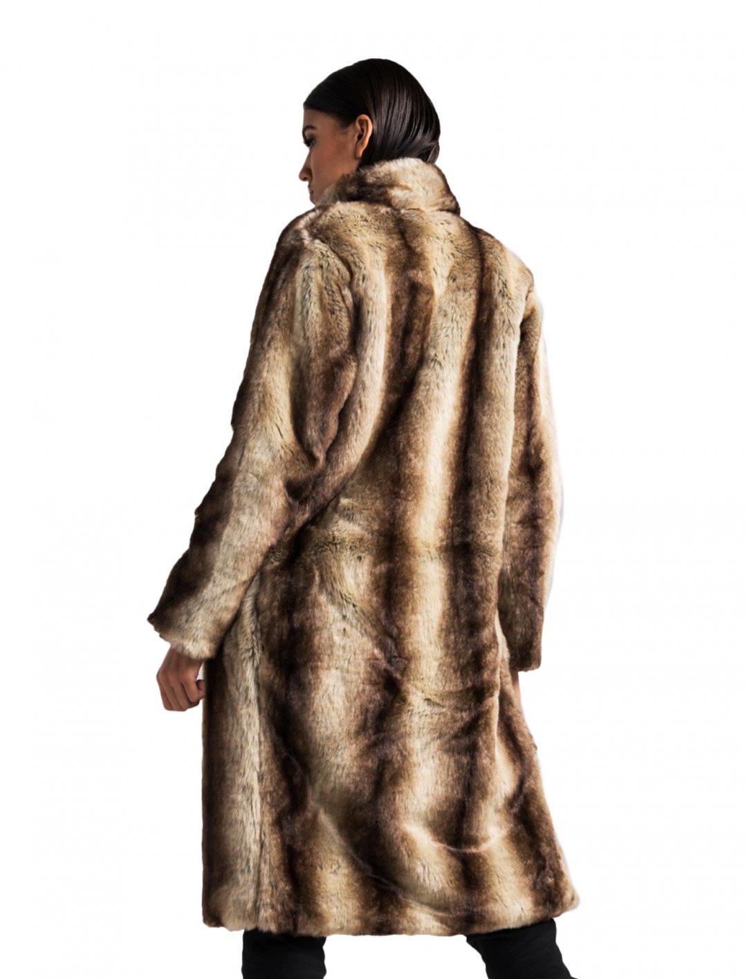 "Akira Faux Fur Coat {""id"":5,""product_section_id"":1,""name"":""Clothing"",""order"":5} Akira"