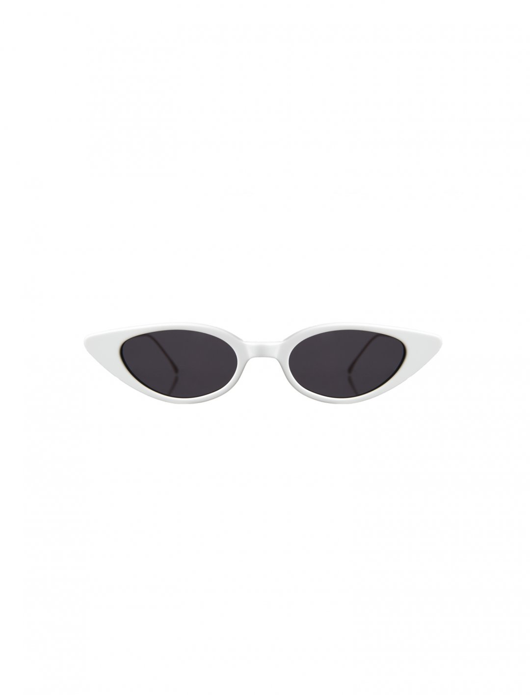 """Tinashe's  White Sunglasses {""""id"""":16,""""product_section_id"""":1,""""name"""":""""Accessories"""",""""order"""":15} Illesteva"""