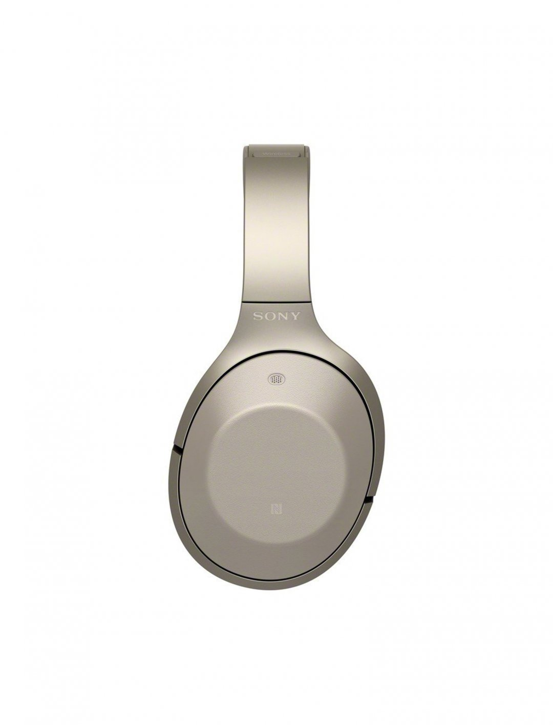 """Tinashe's Headphones {""""id"""":6,""""product_section_id"""":1,""""name"""":""""Electronics & Computers"""",""""order"""":6} Sony"""