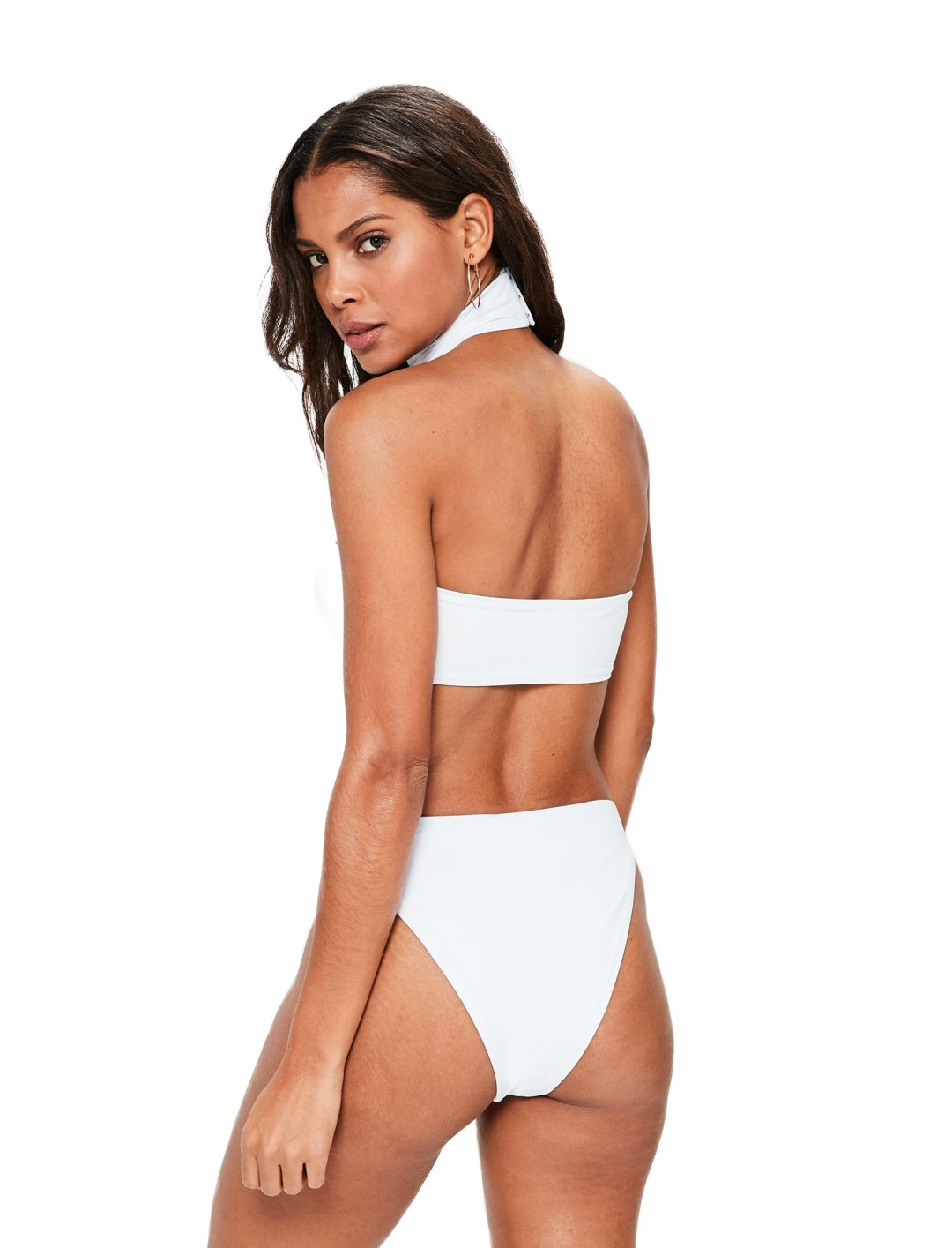 """Missguided White Bikini Set {""""id"""":5,""""product_section_id"""":1,""""name"""":""""Clothing"""",""""order"""":5} Missguided"""