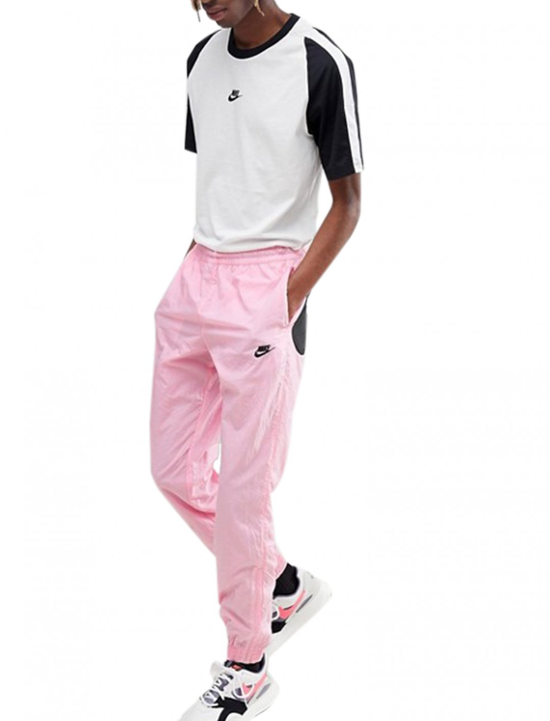 """Nike Pink Joggers {""""id"""":5,""""product_section_id"""":1,""""name"""":""""Clothing"""",""""order"""":5} Nike"""