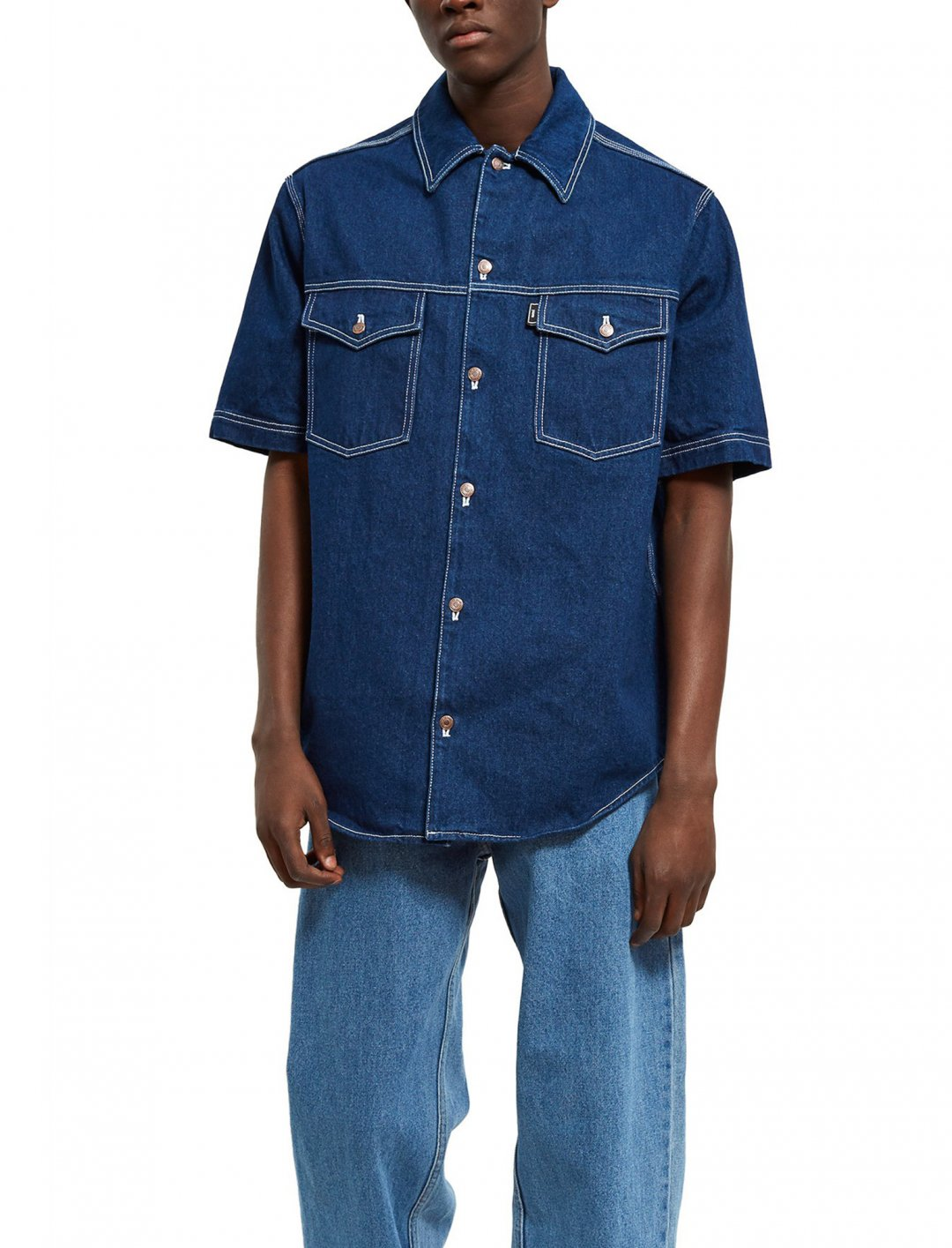 """Nick's Denim Shirt {""""id"""":5,""""product_section_id"""":1,""""name"""":""""Clothing"""",""""order"""":5} Ami"""