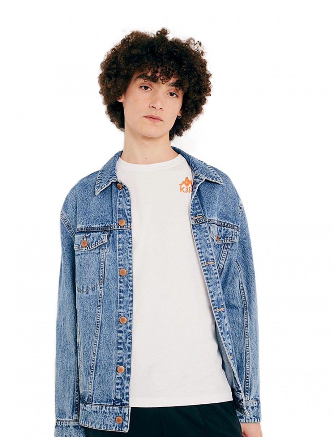 "Kappa Long-Sleeve T-Shirt {""id"":5,""product_section_id"":1,""name"":""Clothing"",""order"":5} Kappa"