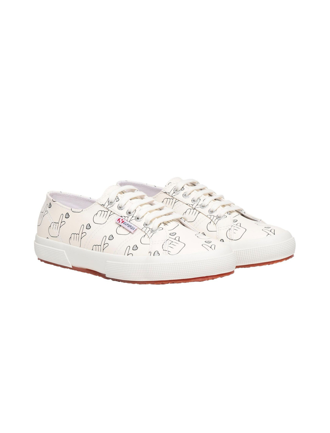 """White Sneakers {""""id"""":12,""""product_section_id"""":1,""""name"""":""""Shoes"""",""""order"""":12} Superga x Yoox"""