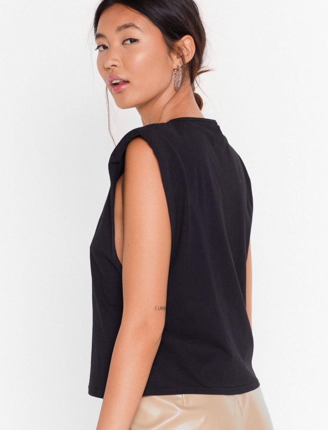 Shoulder Tank Top Black