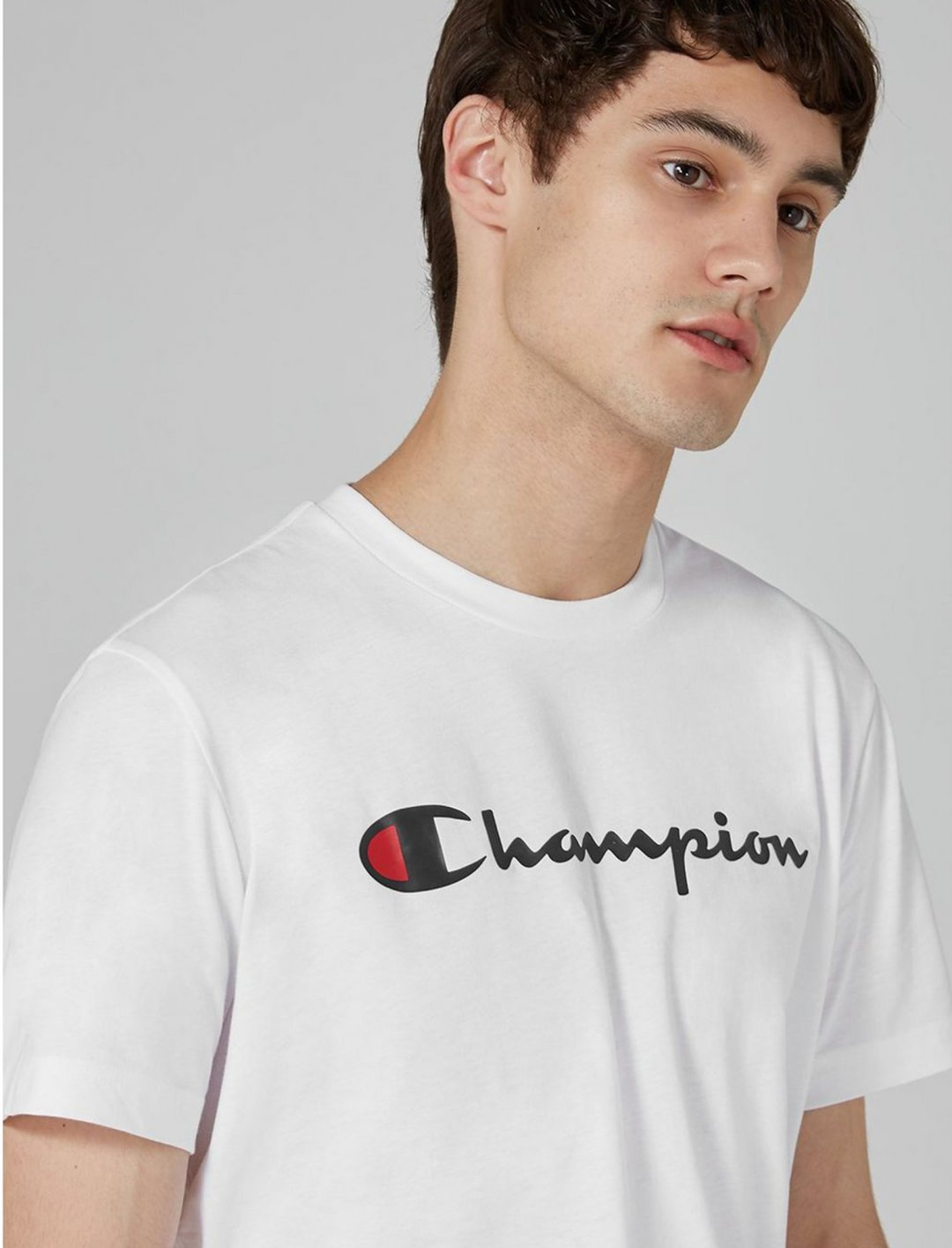 "Champion Logo T-Shirt {""id"":5,""product_section_id"":1,""name"":""Clothing"",""order"":5} Champion"