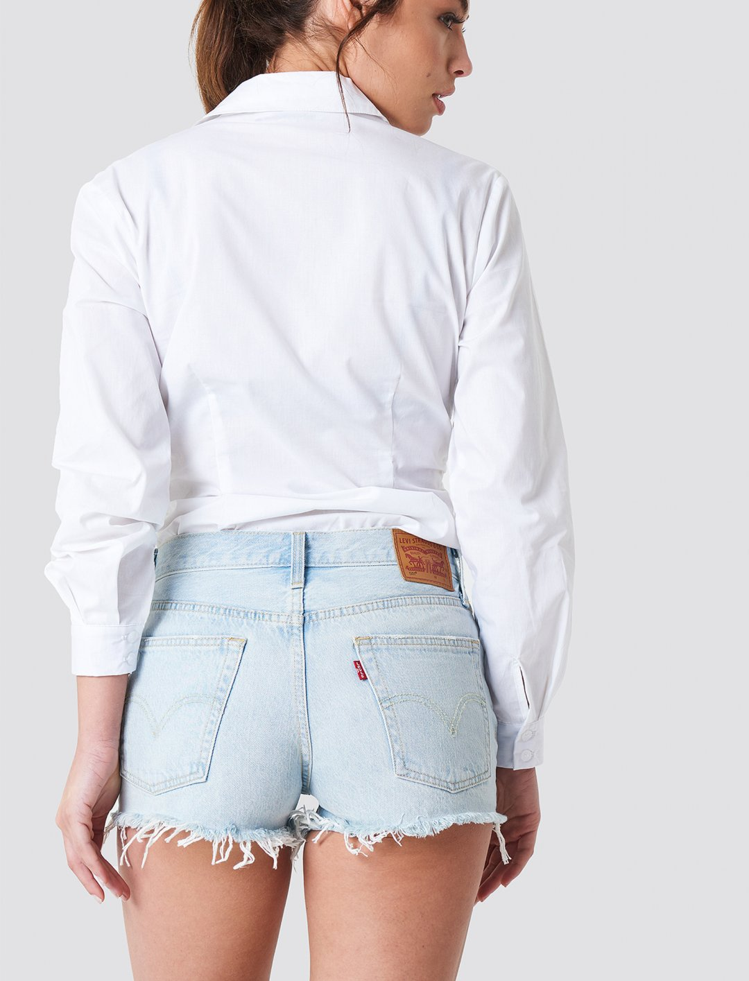 "Levi's 501 Shorts {""id"":5,""product_section_id"":1,""name"":""Clothing"",""order"":5} Levi's"