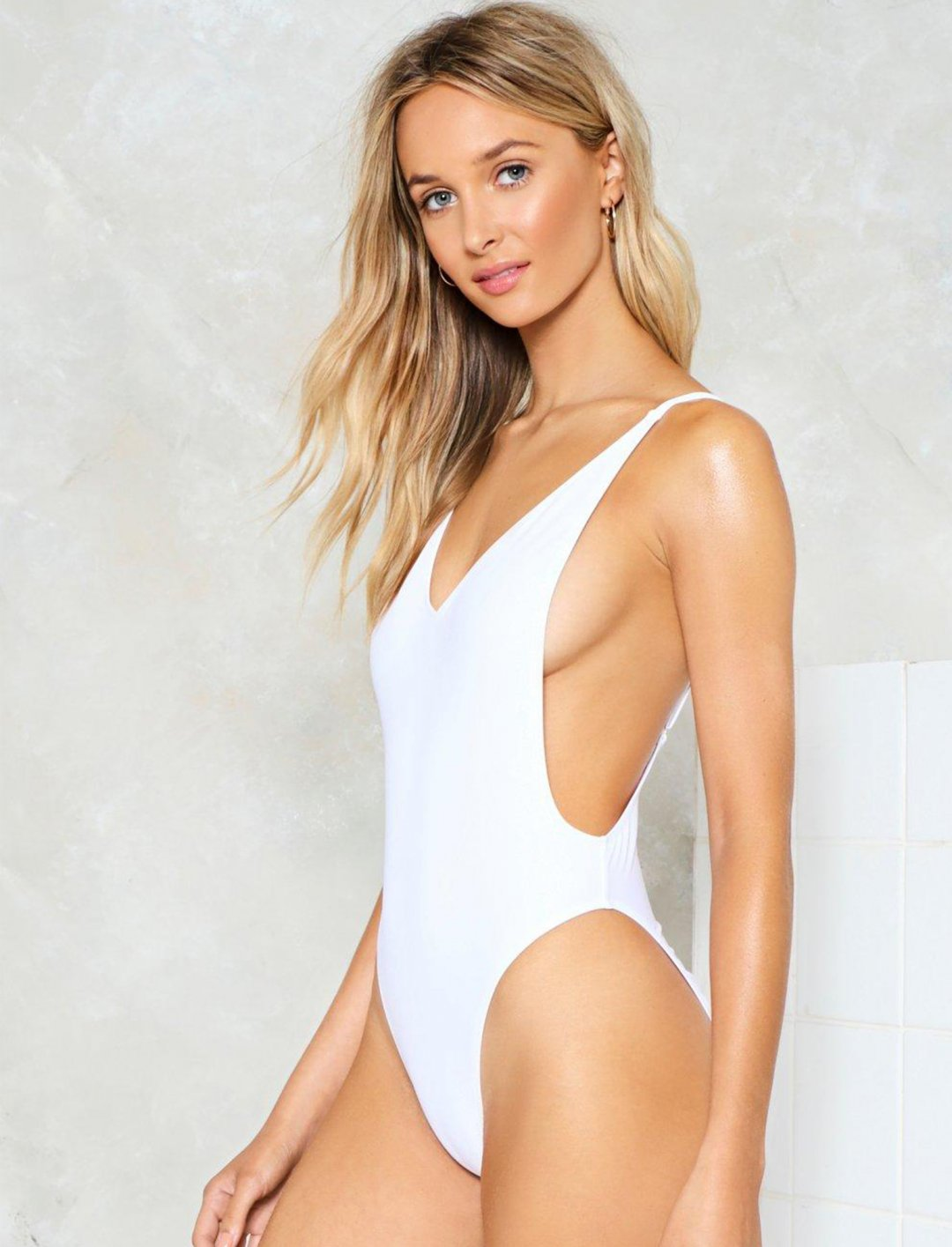 "Nasty Gal High-Leg Swimsuit {""id"":5,""product_section_id"":1,""name"":""Clothing"",""order"":5} Nasty Gal"