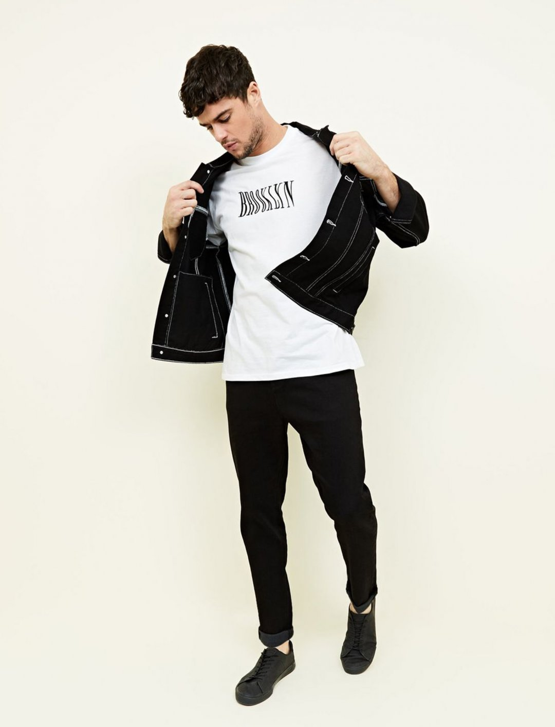 """New Look Brooklyn T-Shirt {""""id"""":5,""""product_section_id"""":1,""""name"""":""""Clothing"""",""""order"""":5} New Look"""