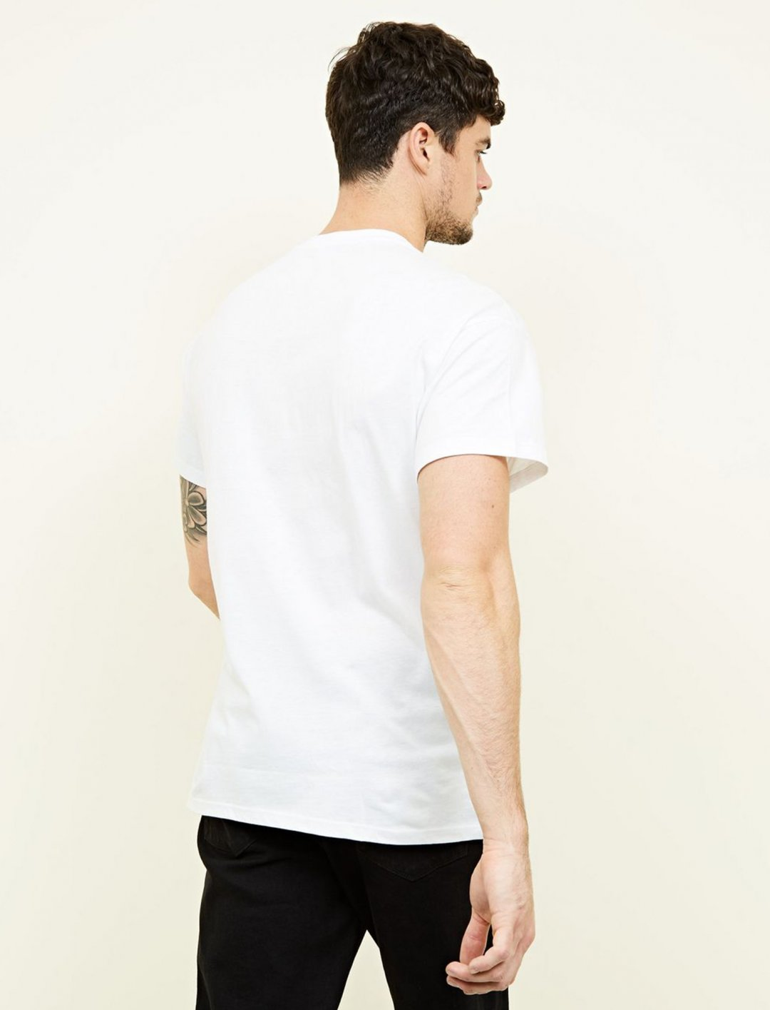 "New Look Brooklyn T-Shirt {""id"":5,""product_section_id"":1,""name"":""Clothing"",""order"":5} New Look"