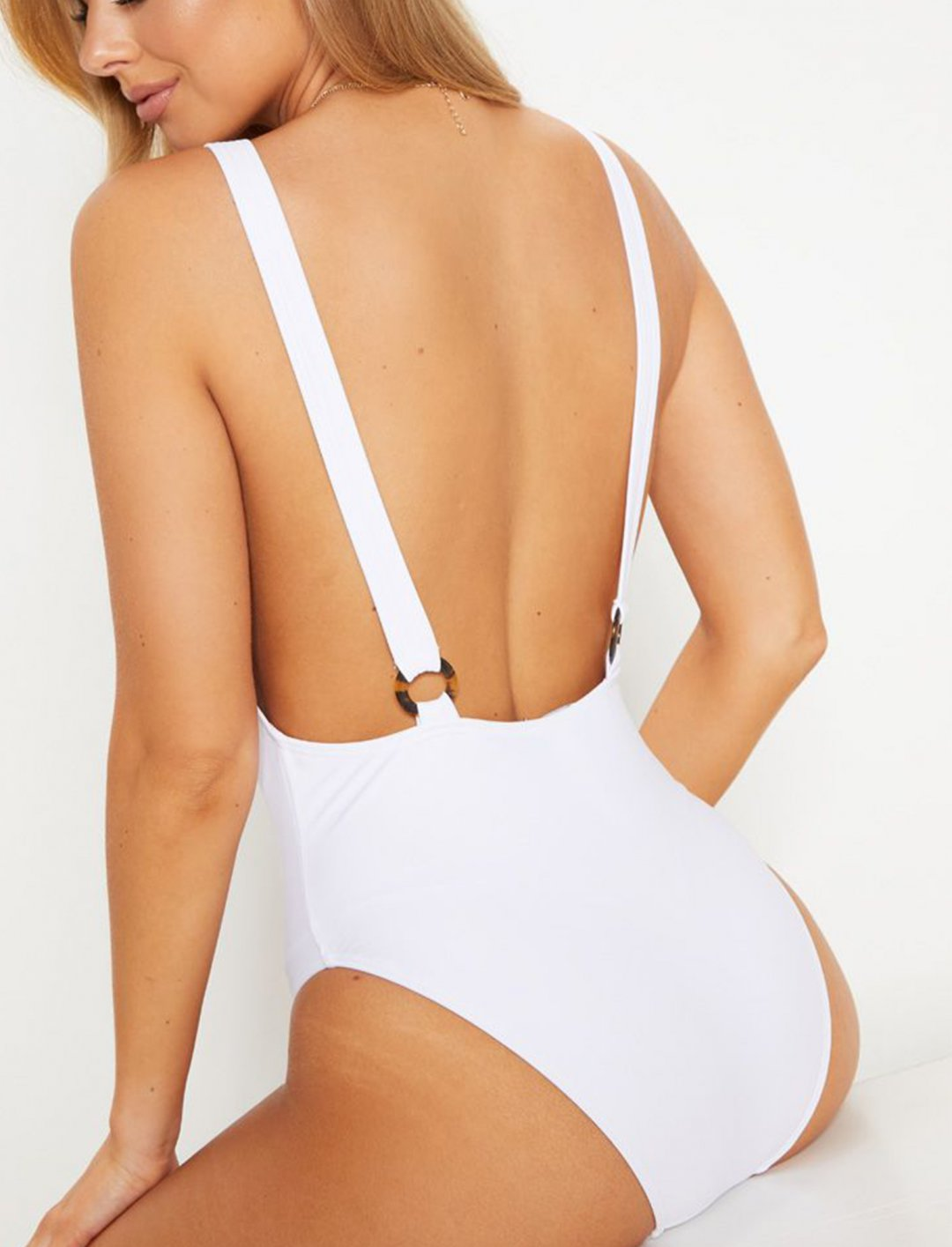 """White Zip Front Swimsuit {""""id"""":5,""""product_section_id"""":1,""""name"""":""""Clothing"""",""""order"""":5} Pretty Little Thing"""