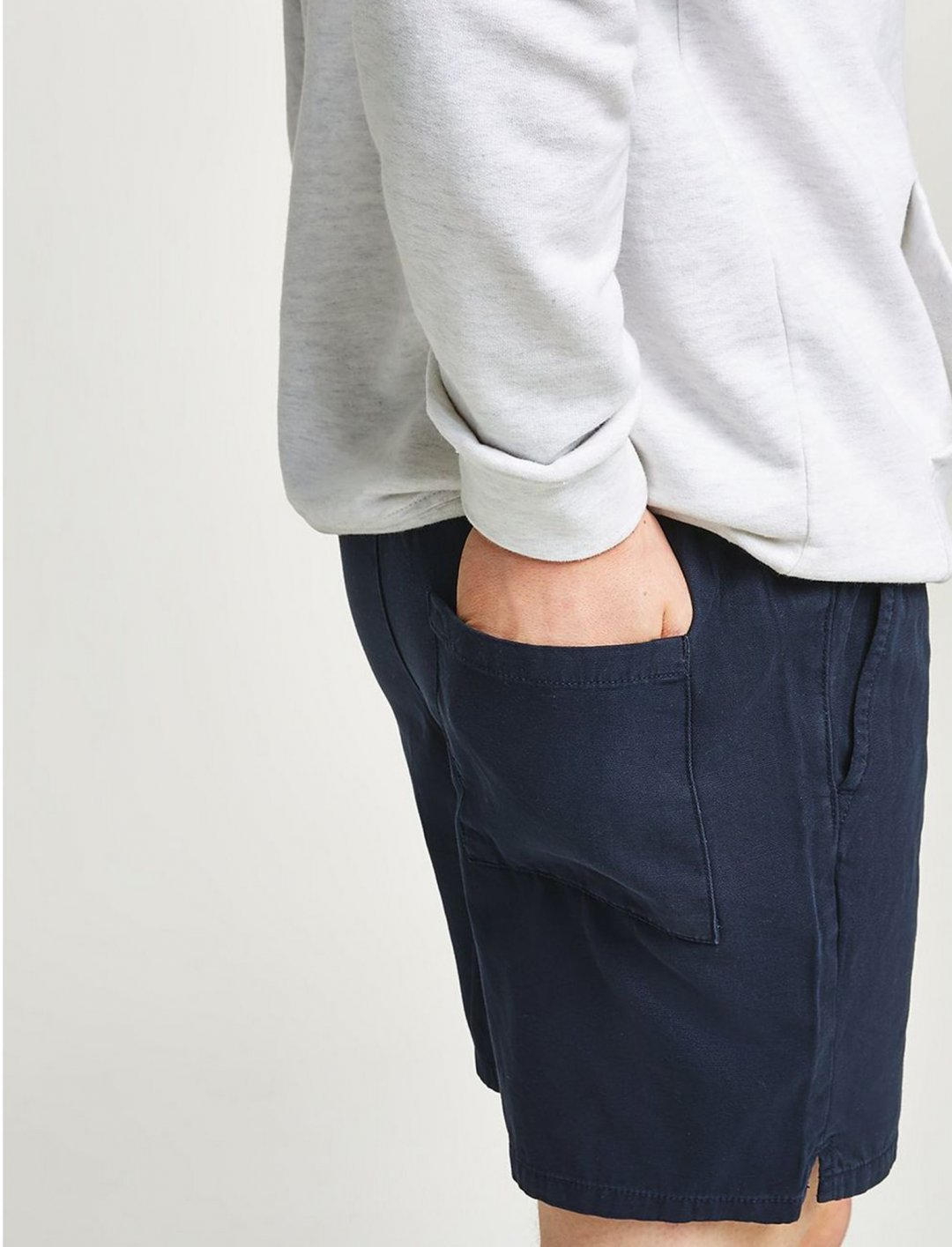 "Topman Navy Canvas Shorts {""id"":5,""product_section_id"":1,""name"":""Clothing"",""order"":5} Topman"