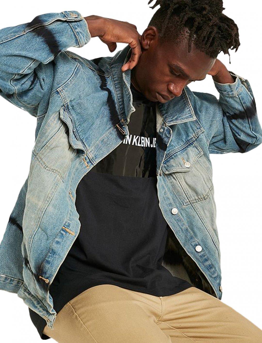 "Bleached Tie-Dye Denim Jacket {""id"":5,""product_section_id"":1,""name"":""Clothing"",""order"":5} Urban Renewal Vintage"