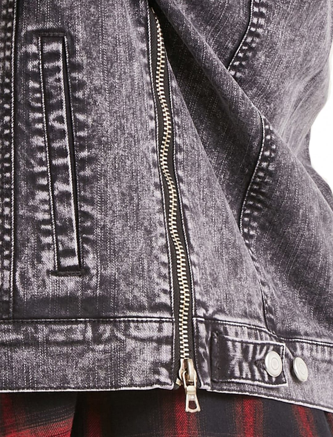 """Mineral Wash Denim Jacket {""""id"""":5,""""product_section_id"""":1,""""name"""":""""Clothing"""",""""order"""":5} Forever 21"""