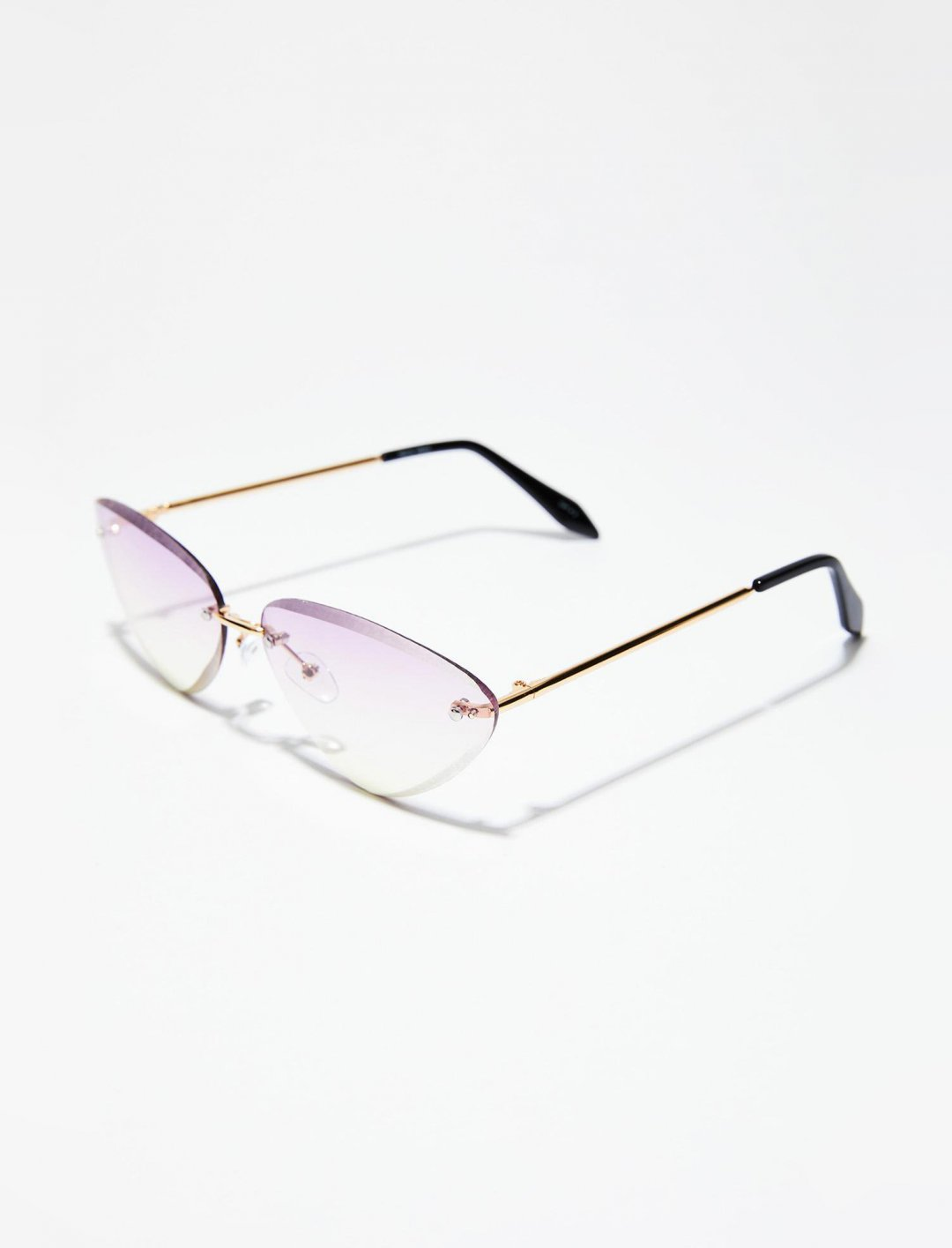 "Cat Eye Sunglasses {""id"":16,""product_section_id"":1,""name"":""Accessories"",""order"":15} Dolls Kill"