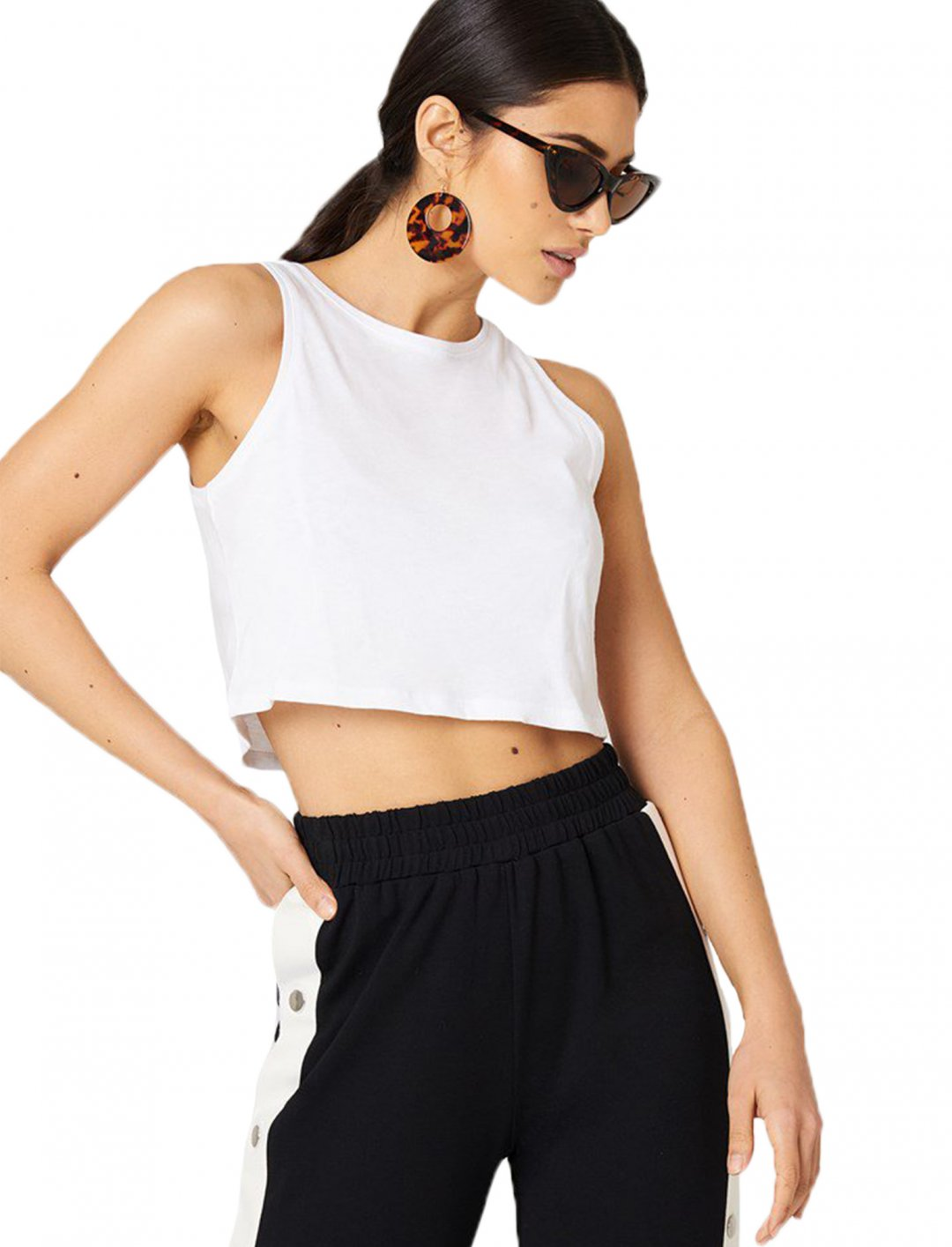 "Cropped Tank Top {""id"":5,""product_section_id"":1,""name"":""Clothing"",""order"":5} NA-KD Basic"