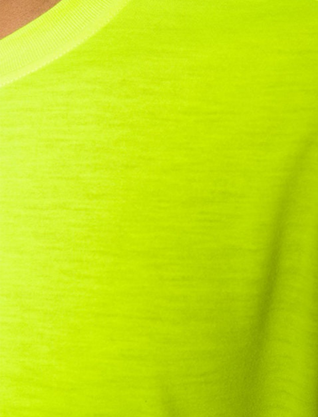 "Neon T-Shirt {""id"":5,""product_section_id"":1,""name"":""Clothing"",""order"":5} Versus"