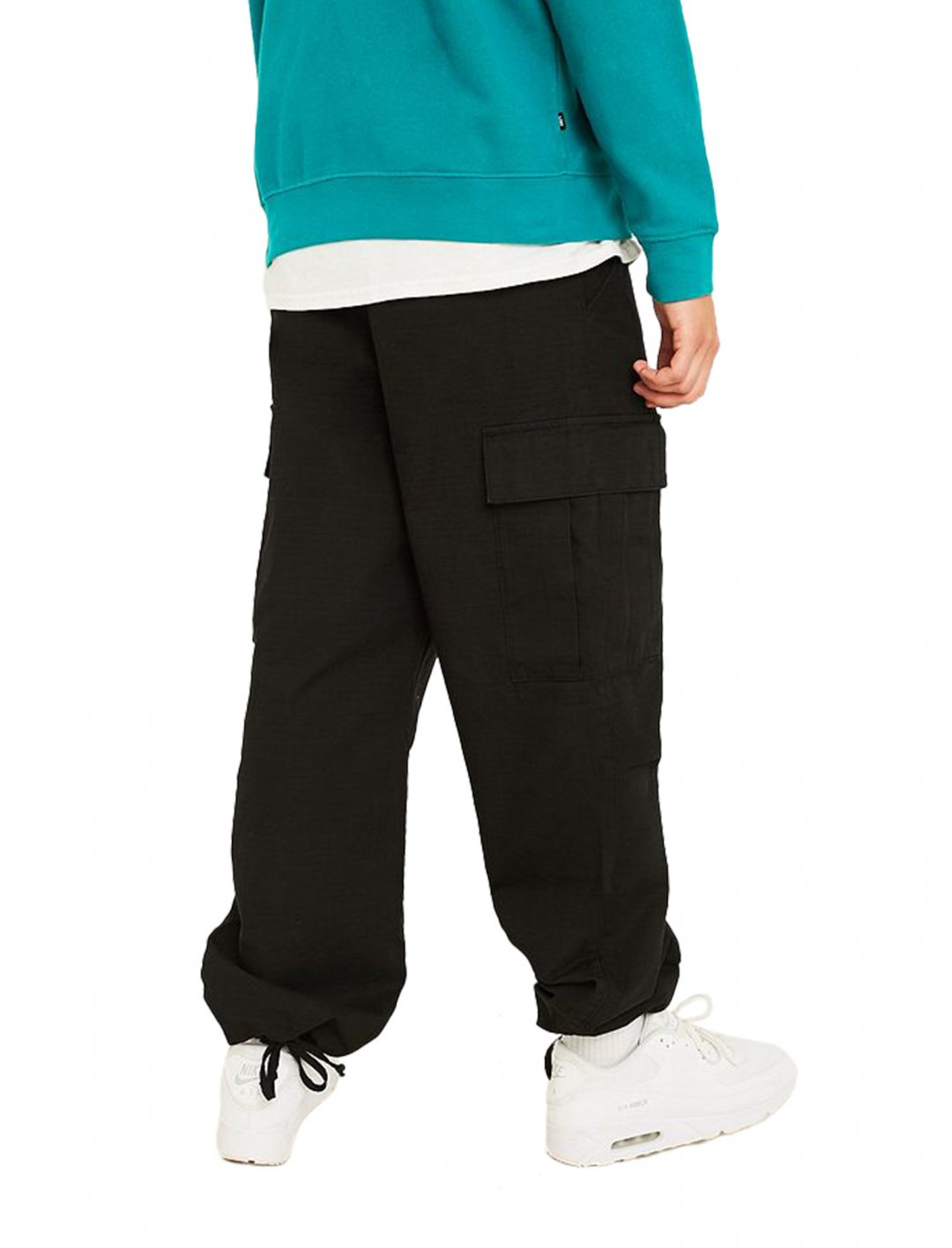 "BDG Black Cargo Trousers {""id"":5,""product_section_id"":1,""name"":""Clothing"",""order"":5} BDG"