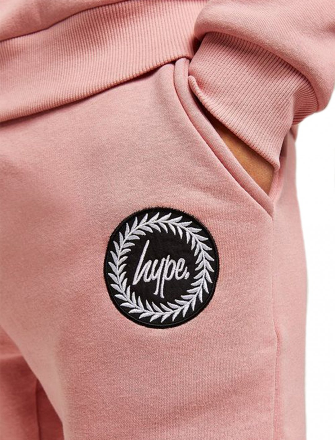 "Pink Crest Joggers {""id"":5,""product_section_id"":1,""name"":""Clothing"",""order"":5} HYPE"